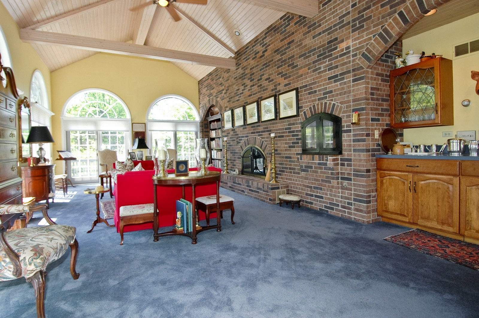 Real Estate Photography - 222 River, Cary, IL, 60013 - Great Room
