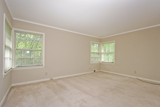 Master Bedroom photograph of 1448 Brassie Flossmoor Illinois 60422