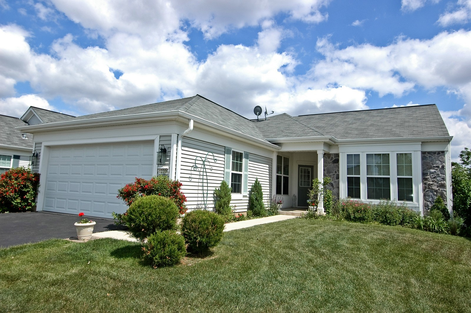 Real Estate Photography - 12206 Latham Trl, Huntley, IL, 60142 - Front View
