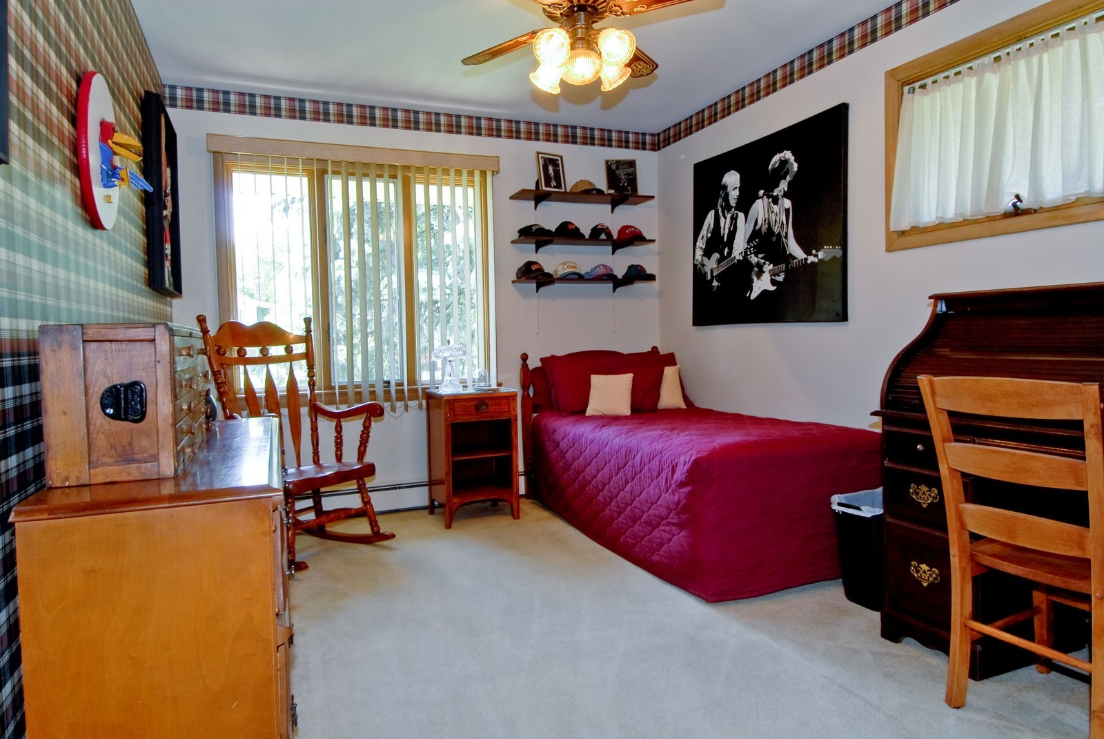 Real Estate Photography - 520 S 11th, St Charles, IL, 60174 - 2nd Bedroom