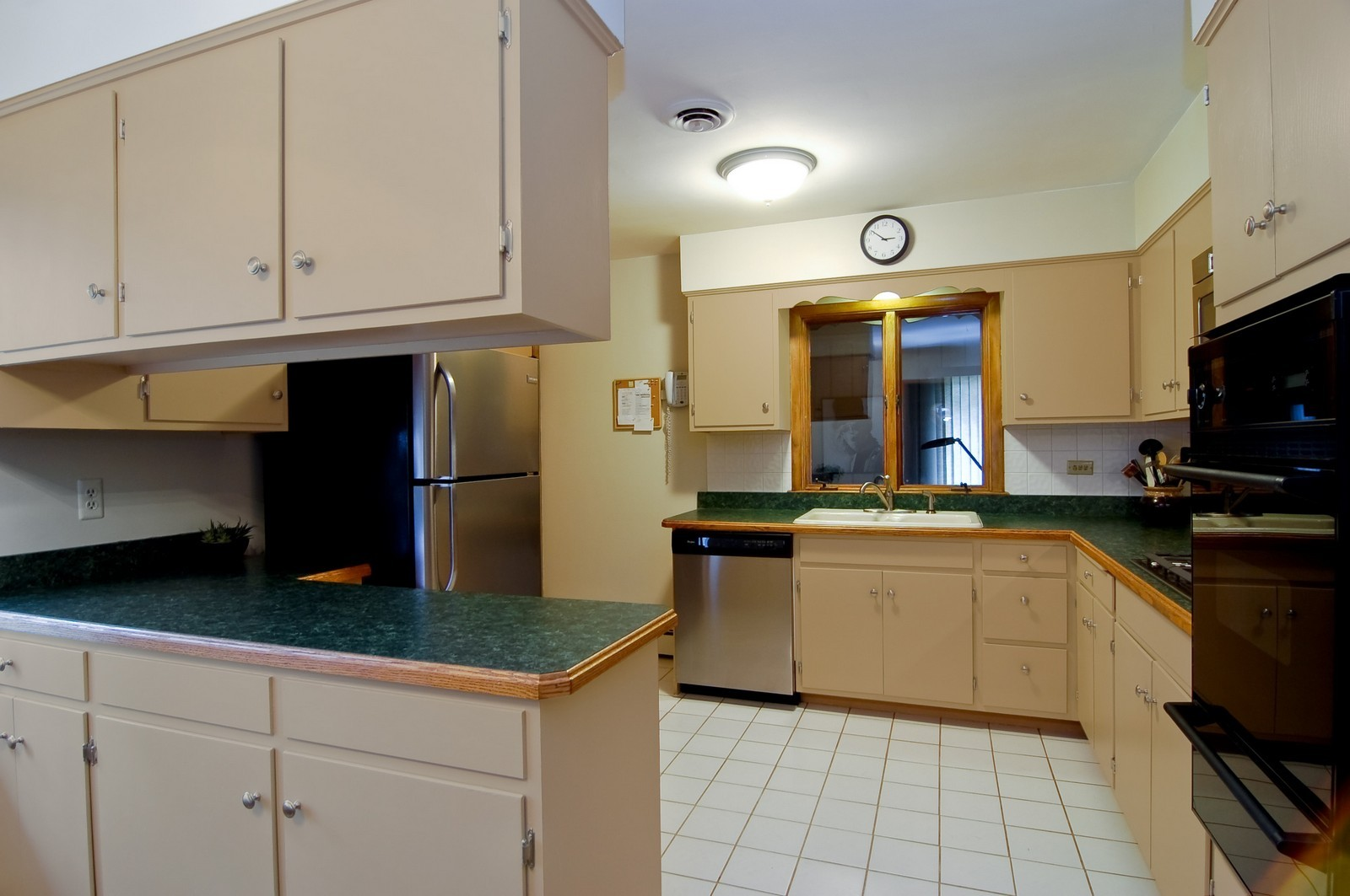 Real Estate Photography - 520 S 11th, St Charles, IL, 60174 - Kitchen