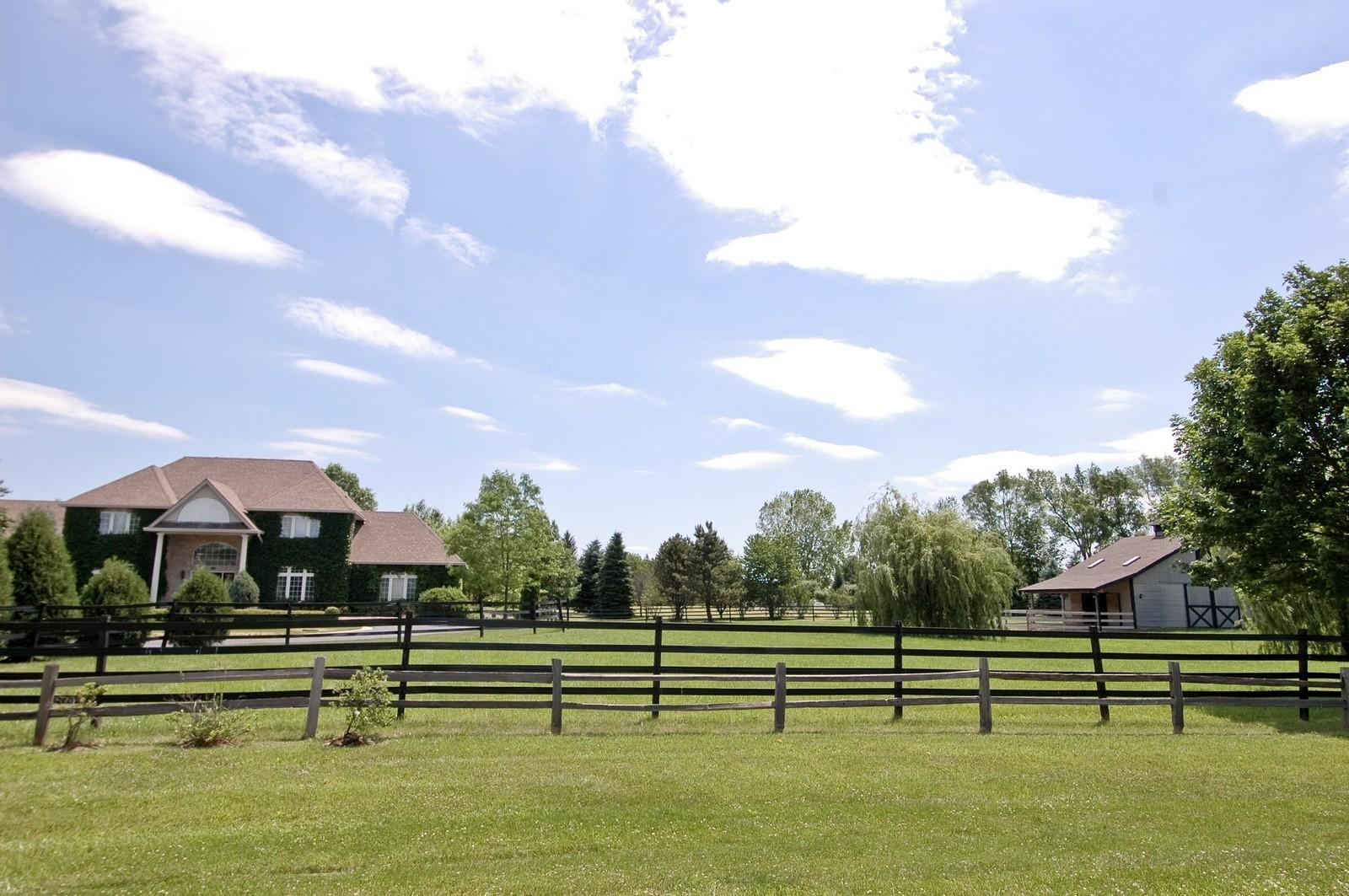 Real Estate Photography - 32W601 Rochefort, Wayne, IL, 60184 - House, Barn
