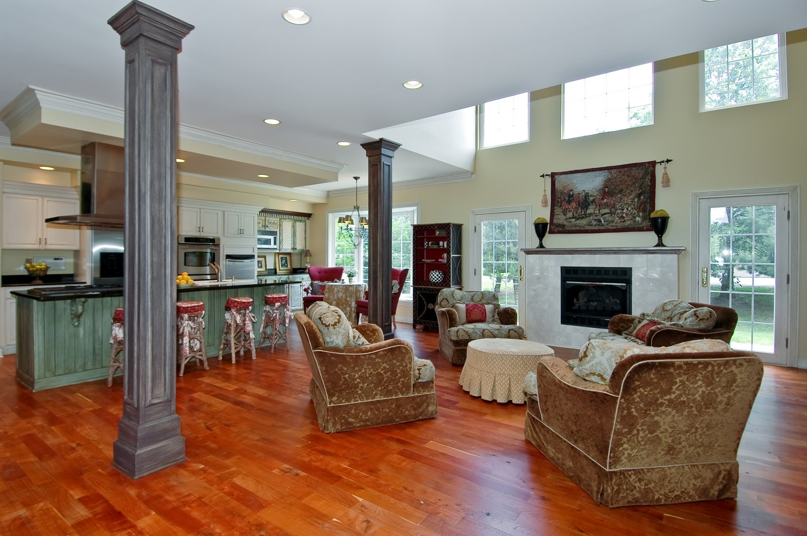 Real Estate Photography - 32W601 Rochefort, Wayne, IL, 60184 - Family Room / Kitchen
