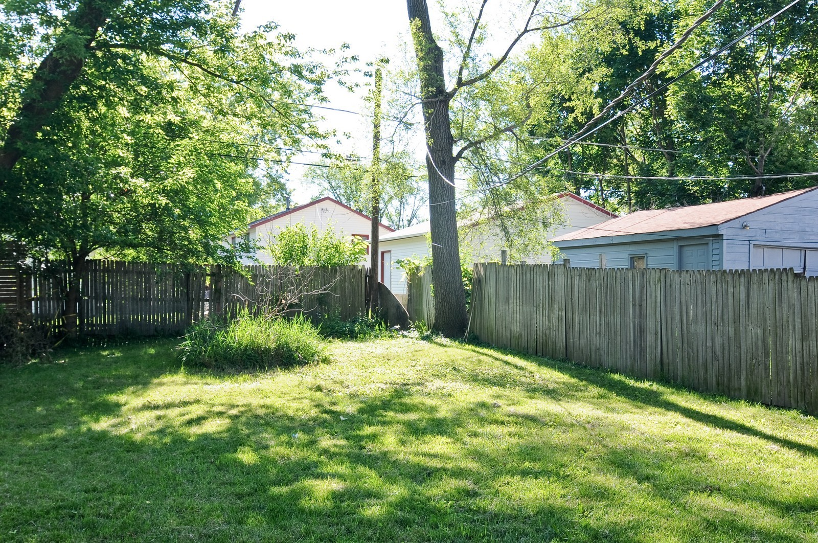 Real Estate Photography - 321 N Bellevue, Round Lake Park, IL, 60073 - Back Yard