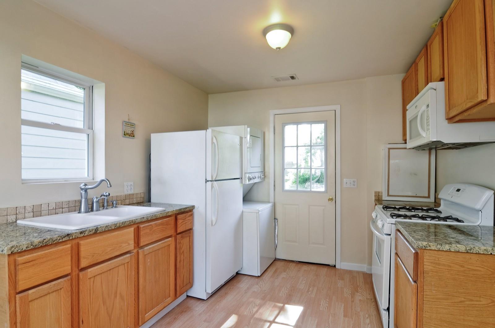 Real Estate Photography - 321 N Bellevue, Round Lake Park, IL, 60073 - Kitchen