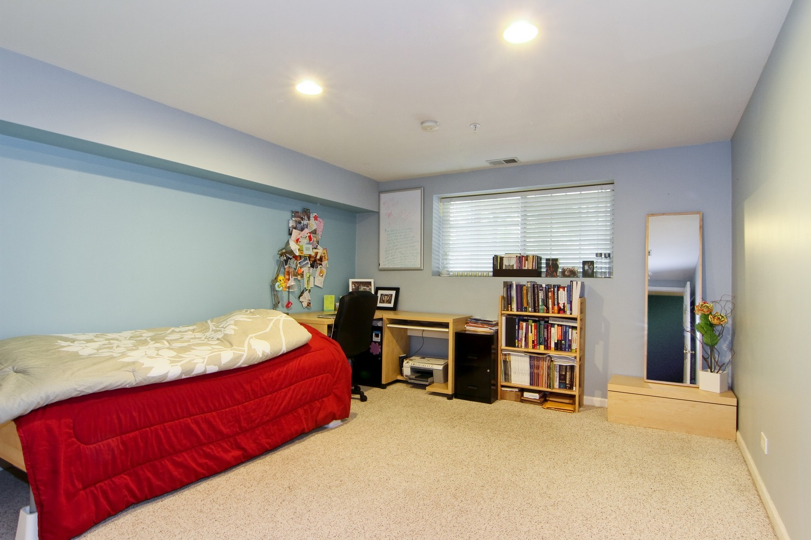 Real Estate Photography - 146 Tanglewood, Glen Ellyn, IL, 60137 - 2nd Bedroom