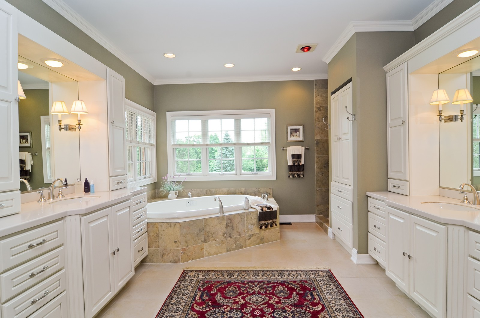 Real Estate Photography - 7 Jane, Barrington Hills, IL, 60010 - Master Bathroom