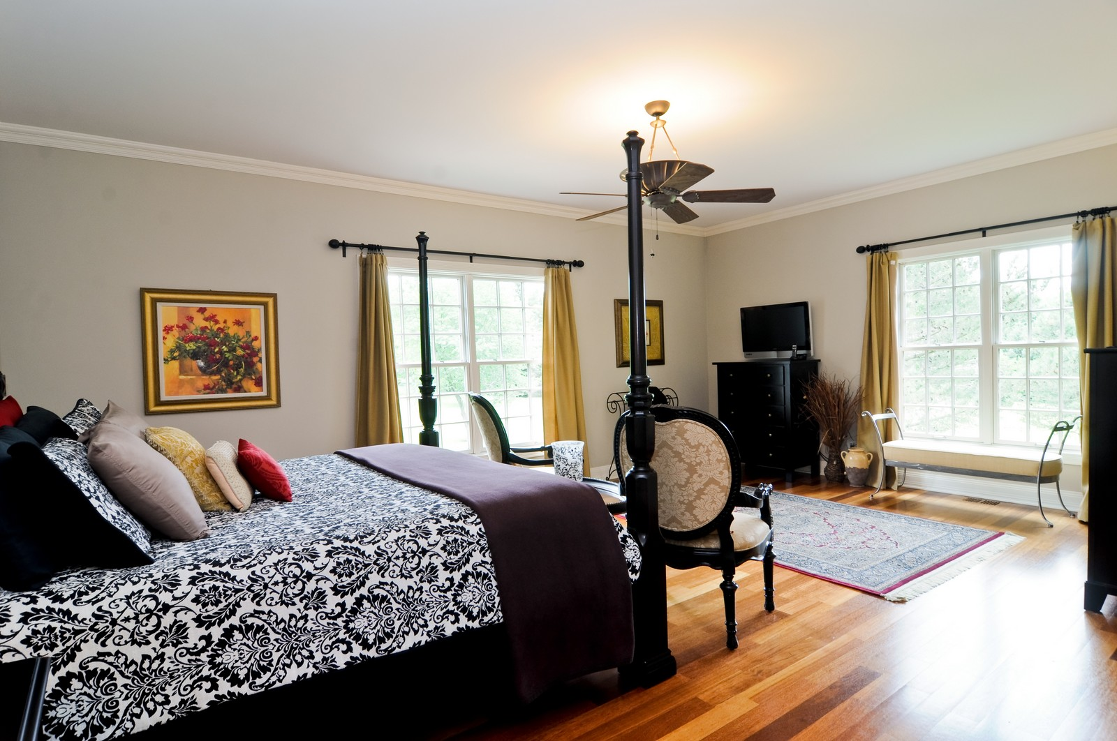 Real Estate Photography - 7 Jane, Barrington Hills, IL, 60010 - Master Bedroom