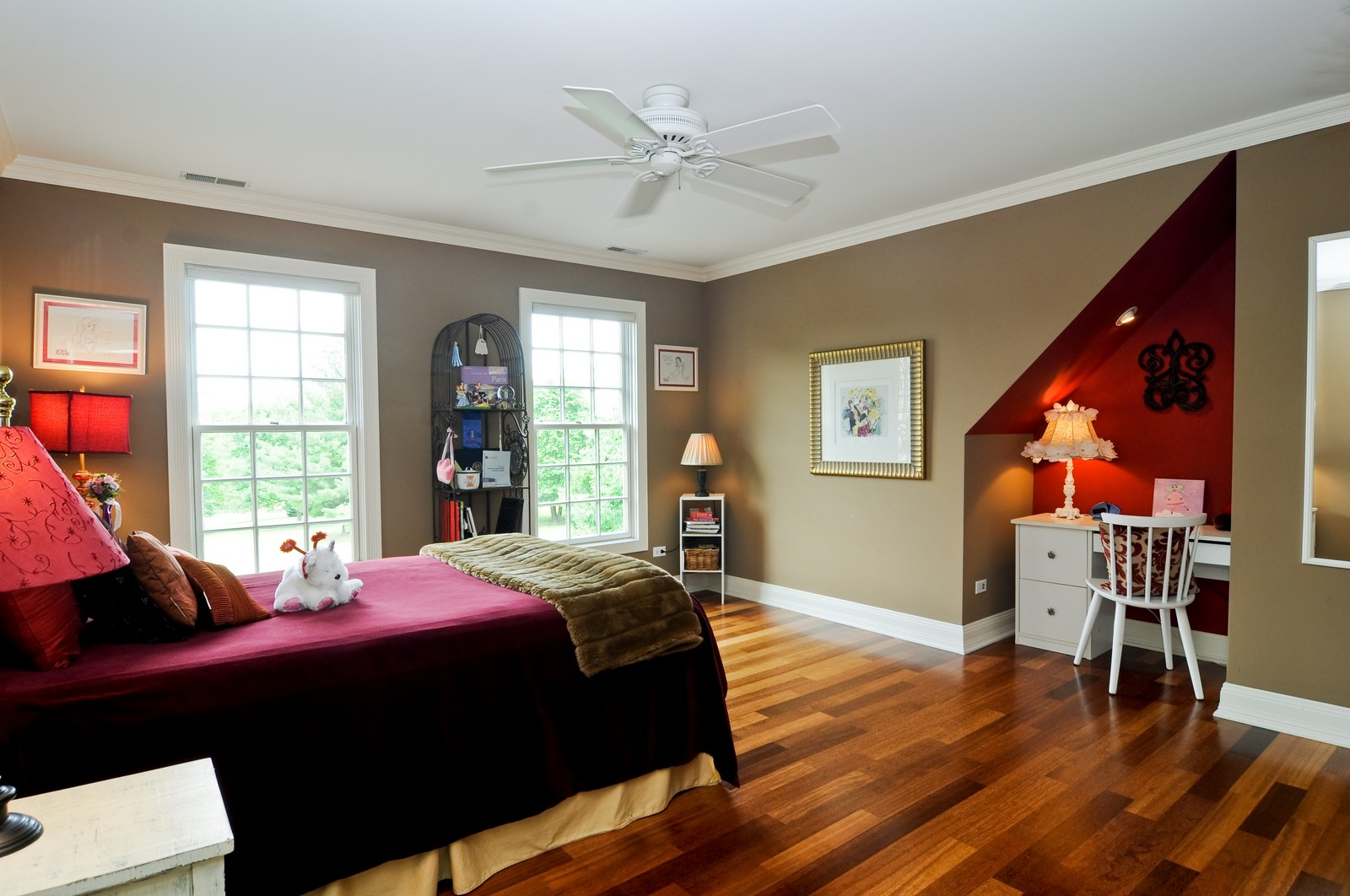 Real Estate Photography - 7 Jane, Barrington Hills, IL, 60010 - 2nd Bedroom