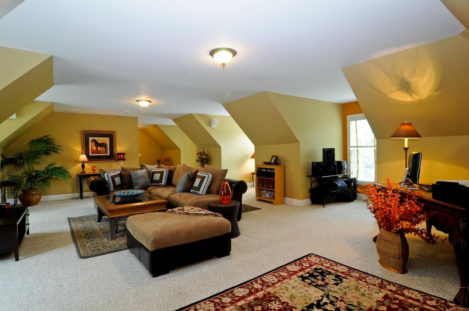 Real Estate Photography - 7 Jane, Barrington Hills, IL, 60010 - Bonus Room