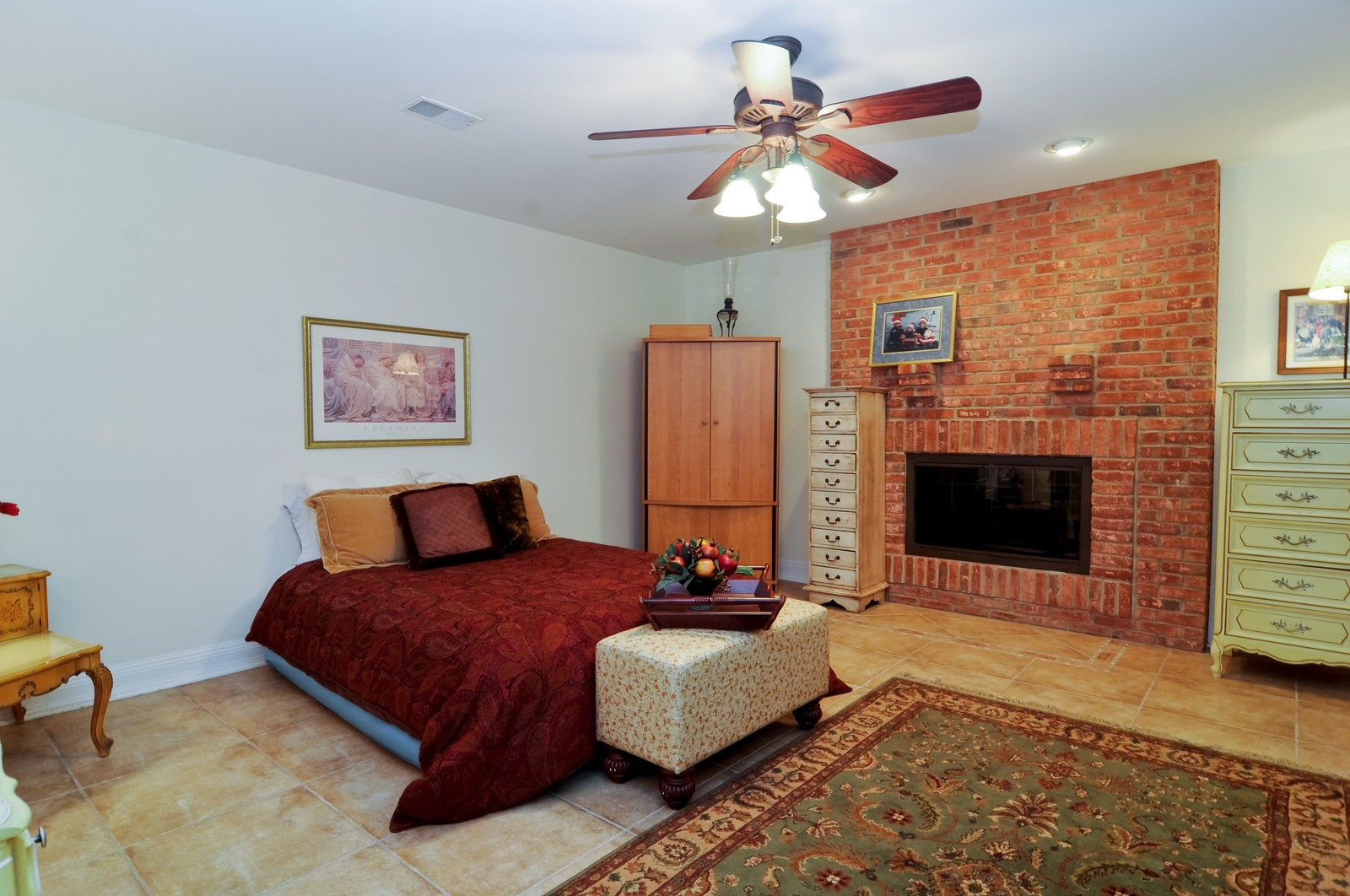 Real Estate Photography - 7 Jane, Barrington Hills, IL, 60010 - 5th Bedroom