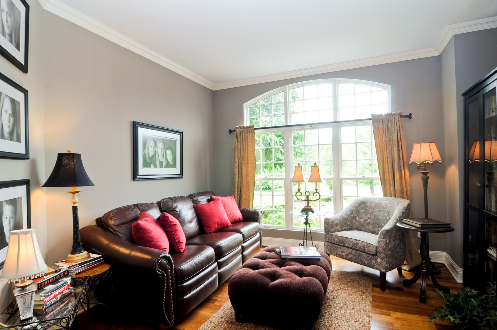 Real Estate Photography - 7 Jane, Barrington Hills, IL, 60010 - Sitting Room