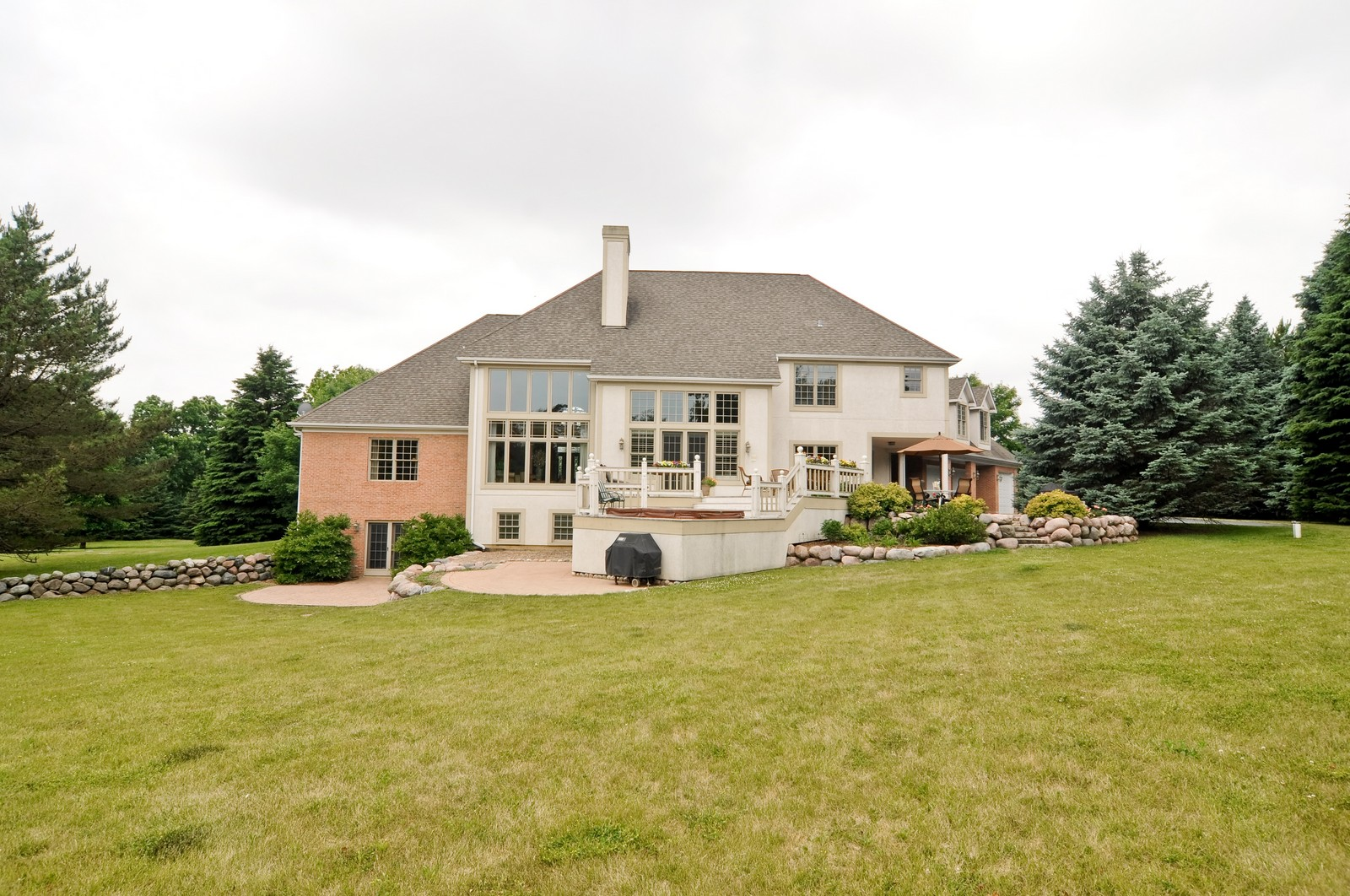 Real Estate Photography - 7 Jane, Barrington Hills, IL, 60010 - Rear View
