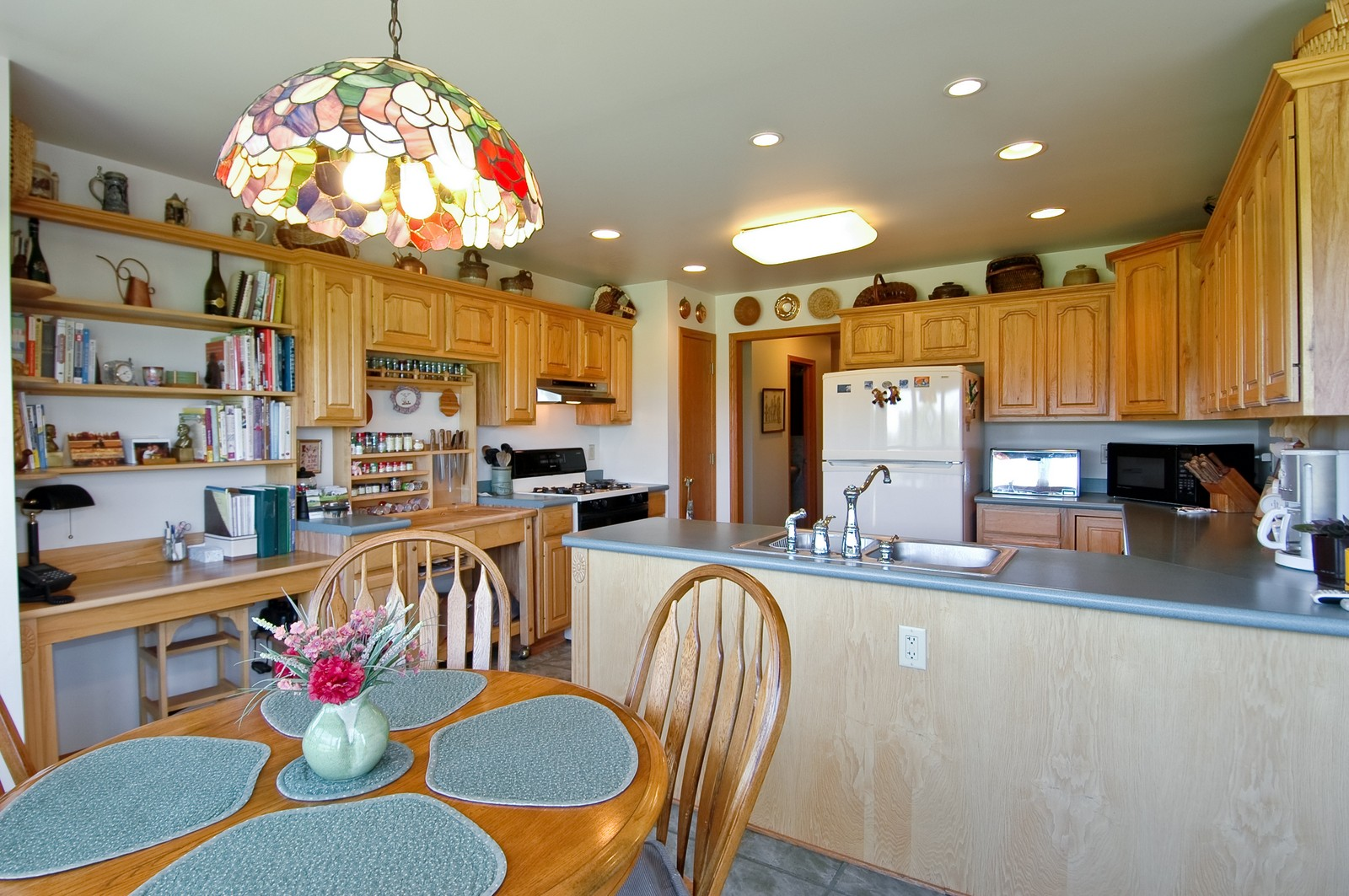 Real Estate Photography - 11785 Coon Trail, Harvard, IL, 60033 - Kitchen
