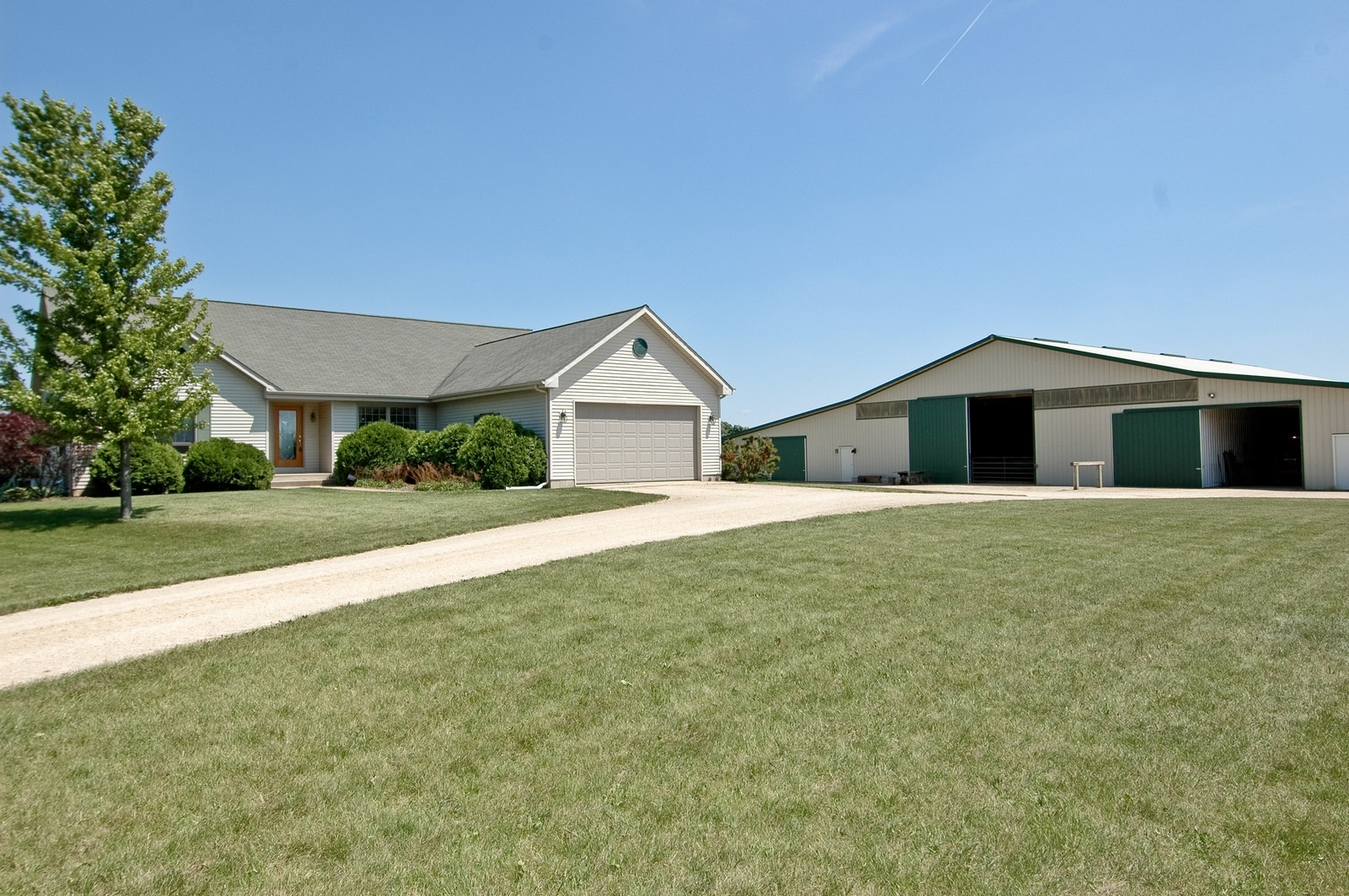 Real Estate Photography - 11785 Coon Trail, Harvard, IL, 60033 - Front View