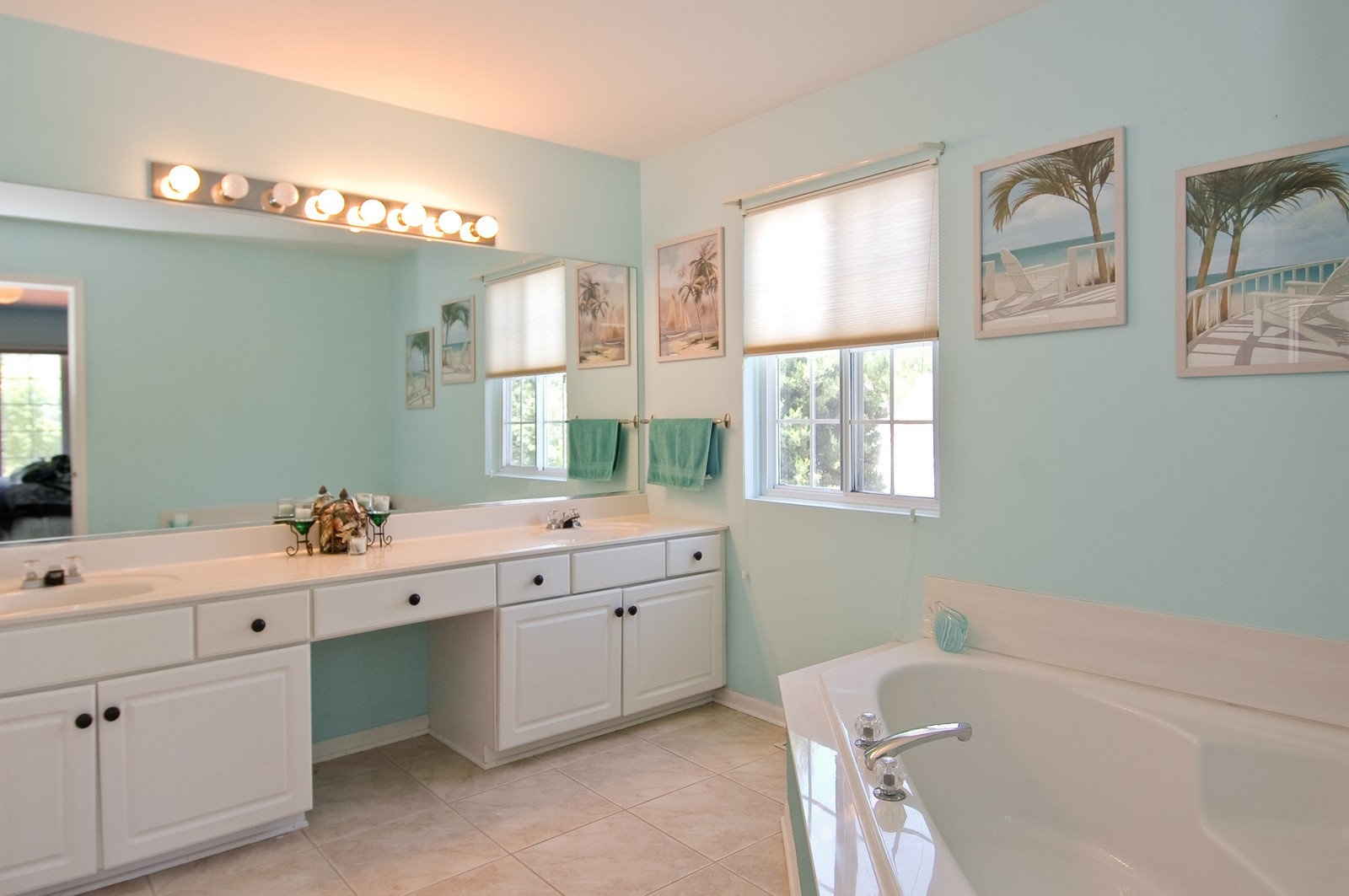 Real Estate Photography - 205 Lake, Algonquin, IL, 60102 - Master Bathroom