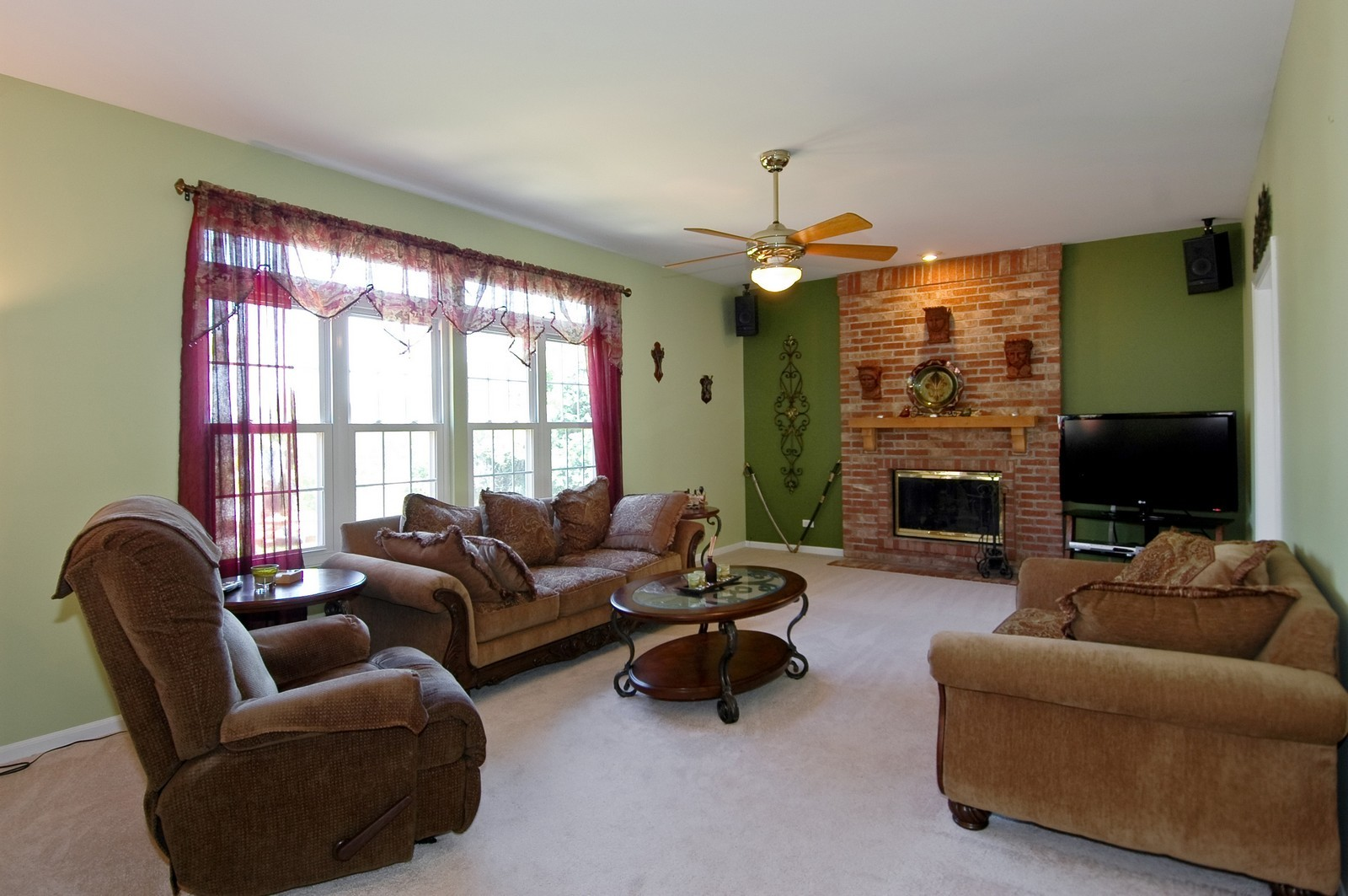 Real Estate Photography - 205 Lake, Algonquin, IL, 60102 - Family Room