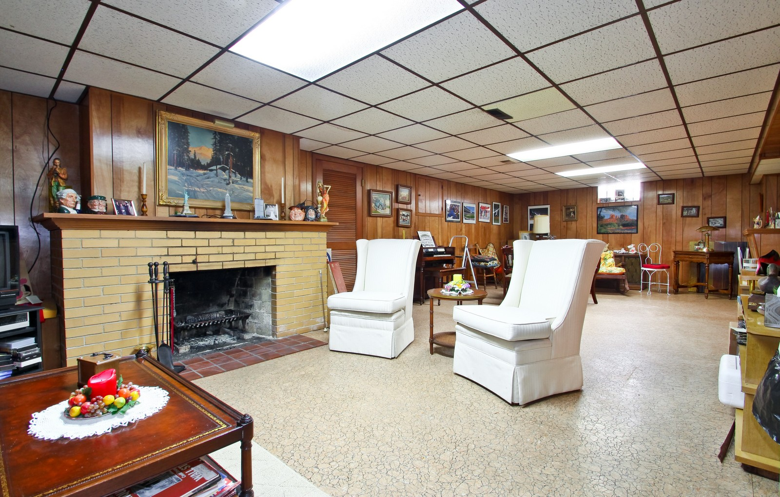 Real Estate Photography - 6756 N Lockwood, Lincolnwood, IL, 60712 - Basement
