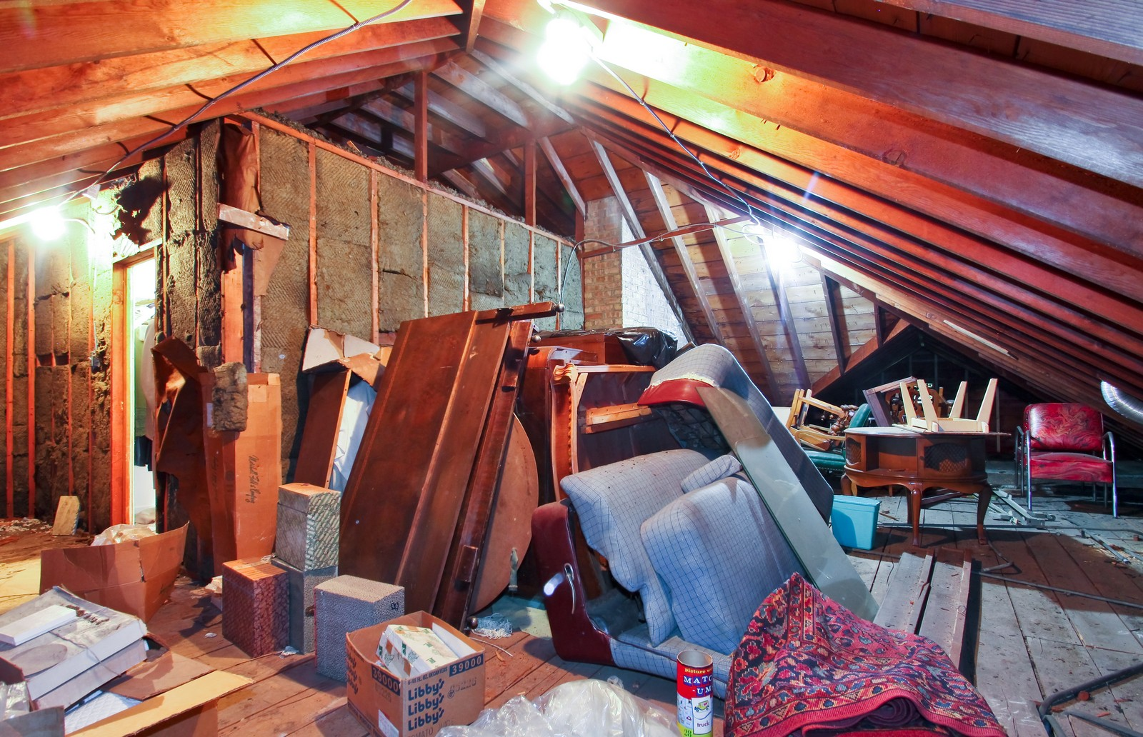 Real Estate Photography - 6756 N Lockwood, Lincolnwood, IL, 60712 - Attic