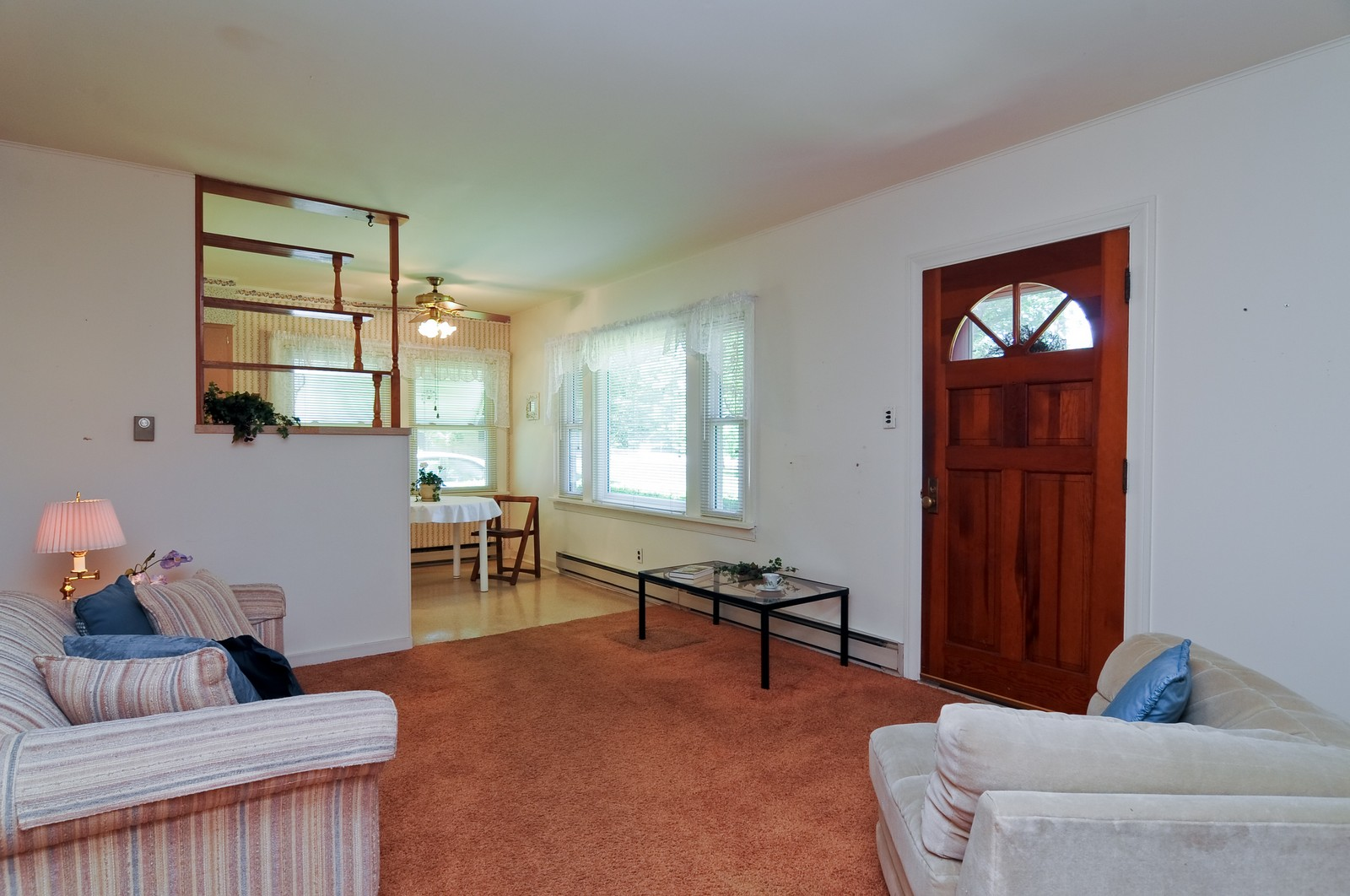 Real Estate Photography - 127 W Brookhill, Libertyville, IL, 60048 - Living Room