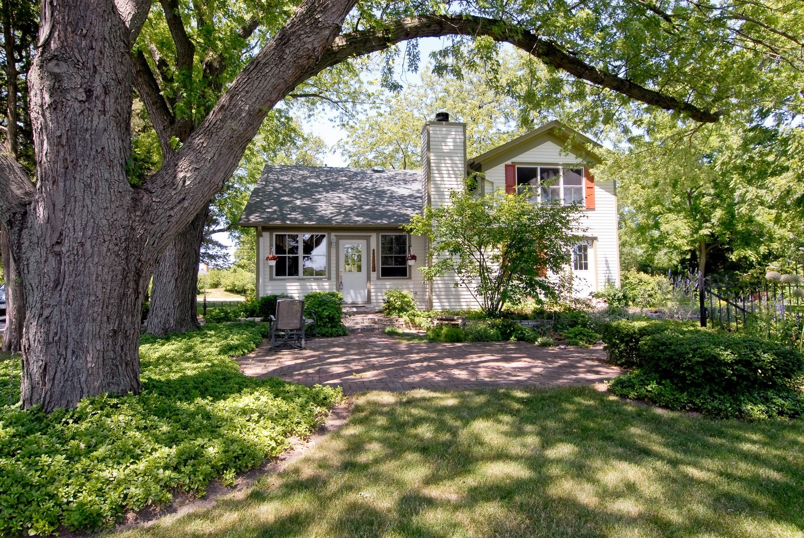 Real Estate Photography - 4N753 Route 31, Saint Charles, IL, 60175 - Location 3