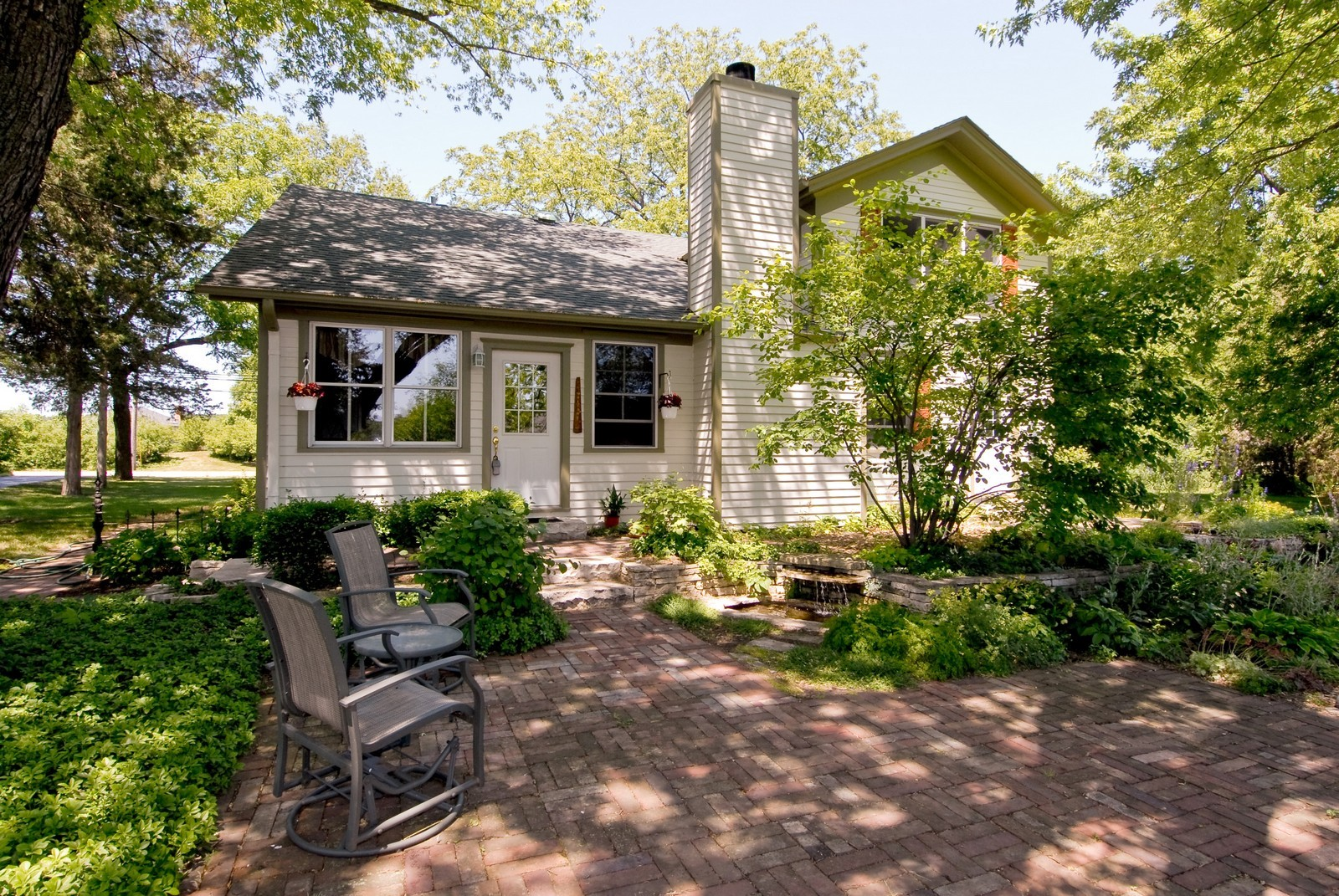 Real Estate Photography - 4N753 Route 31, Saint Charles, IL, 60175 - Location 4