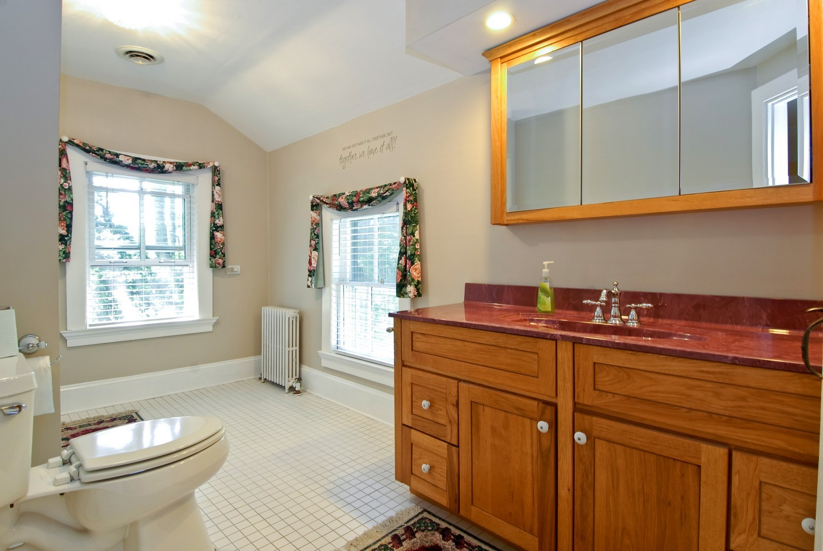 Real Estate Photography - 4N753 Route 31, Saint Charles, IL, 60175 - Master Bathroom