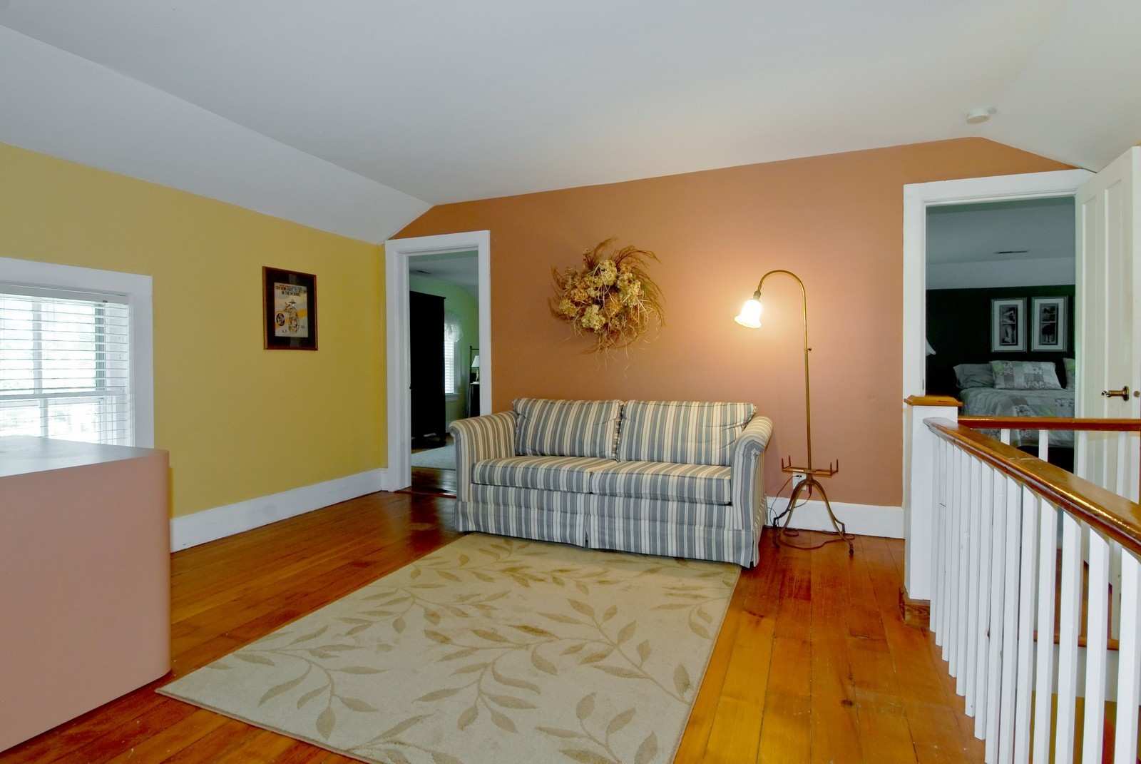 Real Estate Photography - 4N753 Route 31, Saint Charles, IL, 60175 - Loft