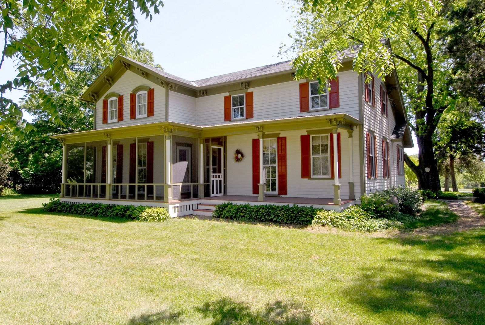 Real Estate Photography - 4N753 Route 31, Saint Charles, IL, 60175 - Front View