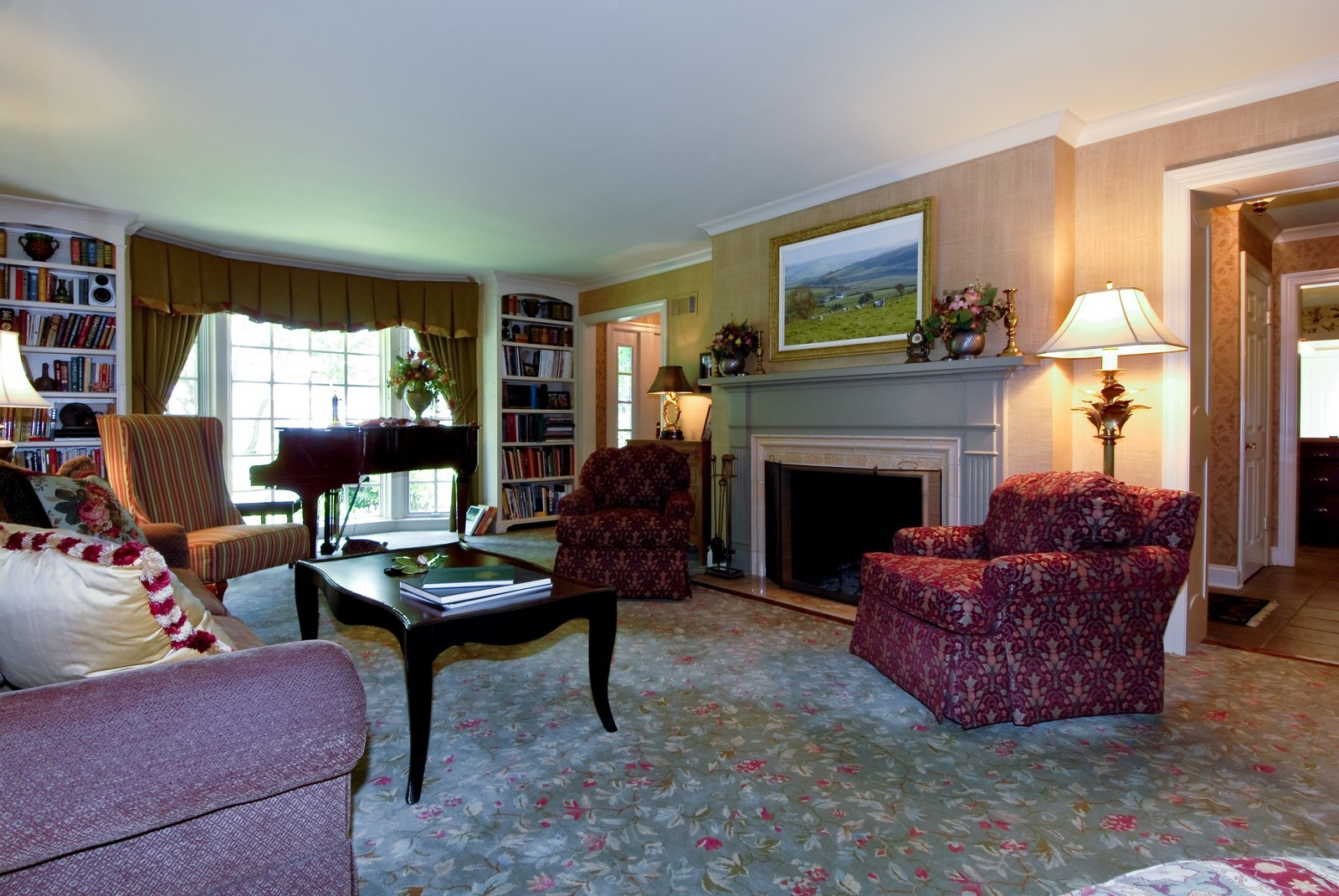 Real Estate Photography - 417 S McKinley, St Charles, IL, 60174 - Living Room