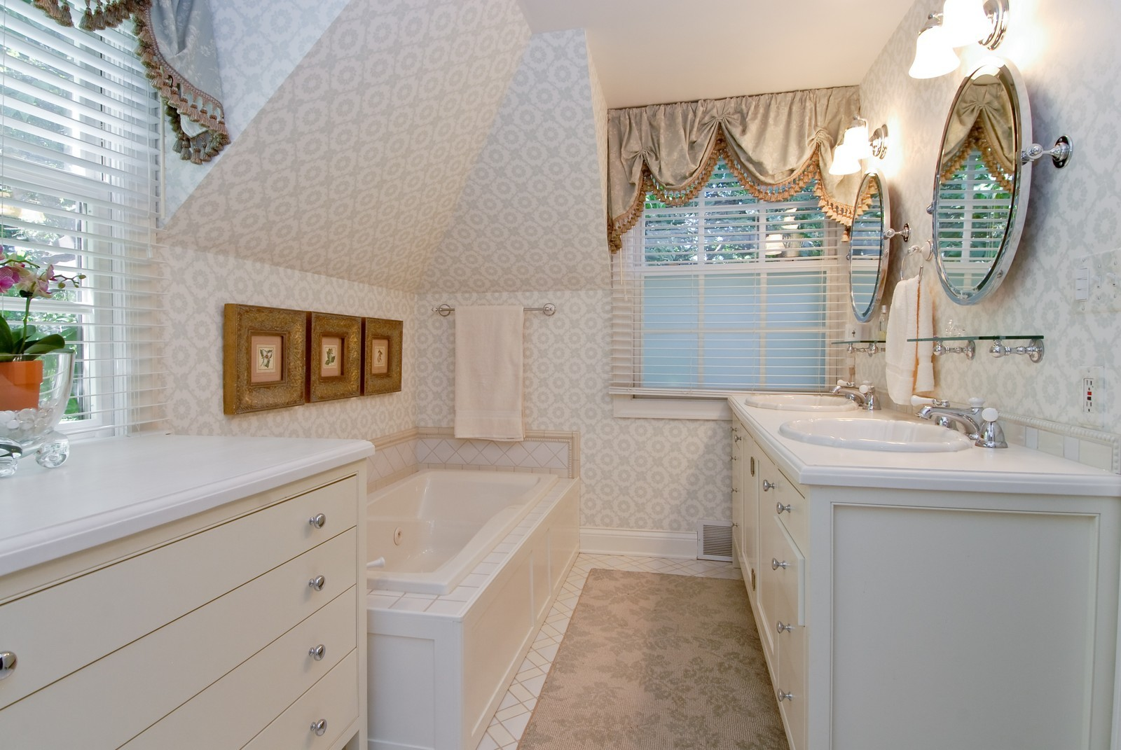 Real Estate Photography - 417 S McKinley, St Charles, IL, 60174 - Master Bathroom