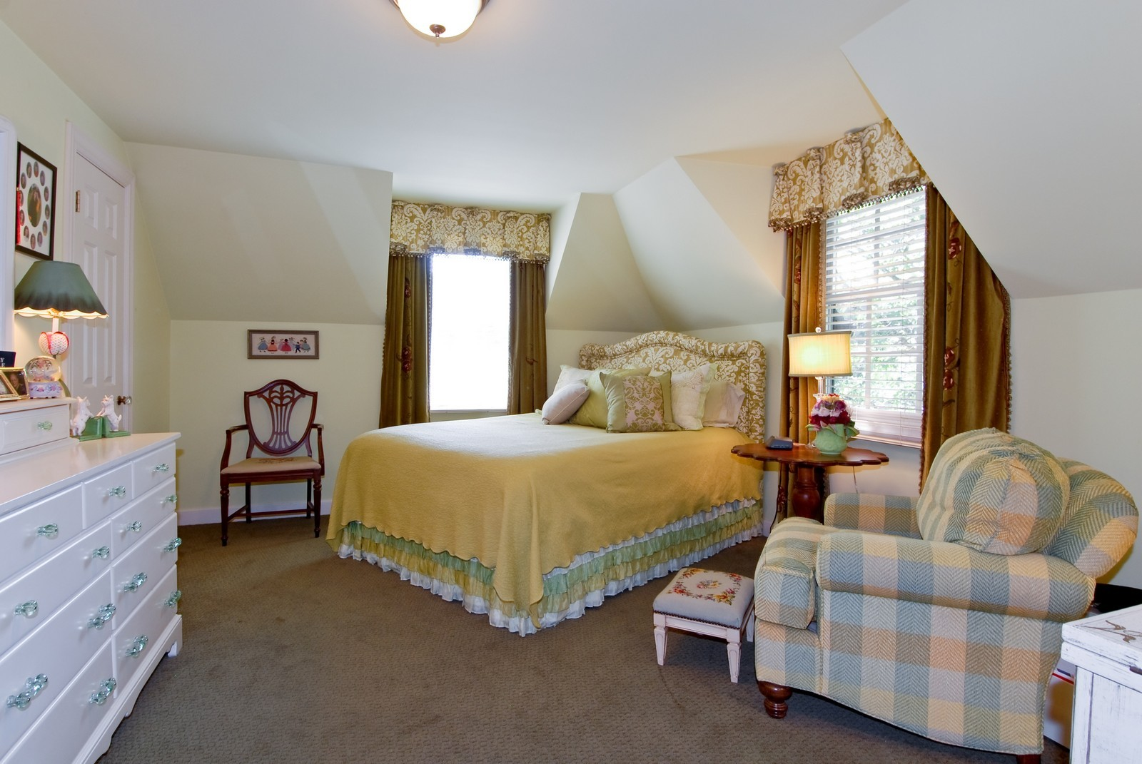Real Estate Photography - 417 S McKinley, St Charles, IL, 60174 - 2nd Bedroom
