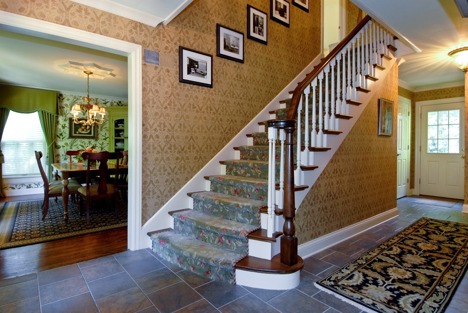 Real Estate Photography - 417 S McKinley, St Charles, IL, 60174 - Foyer