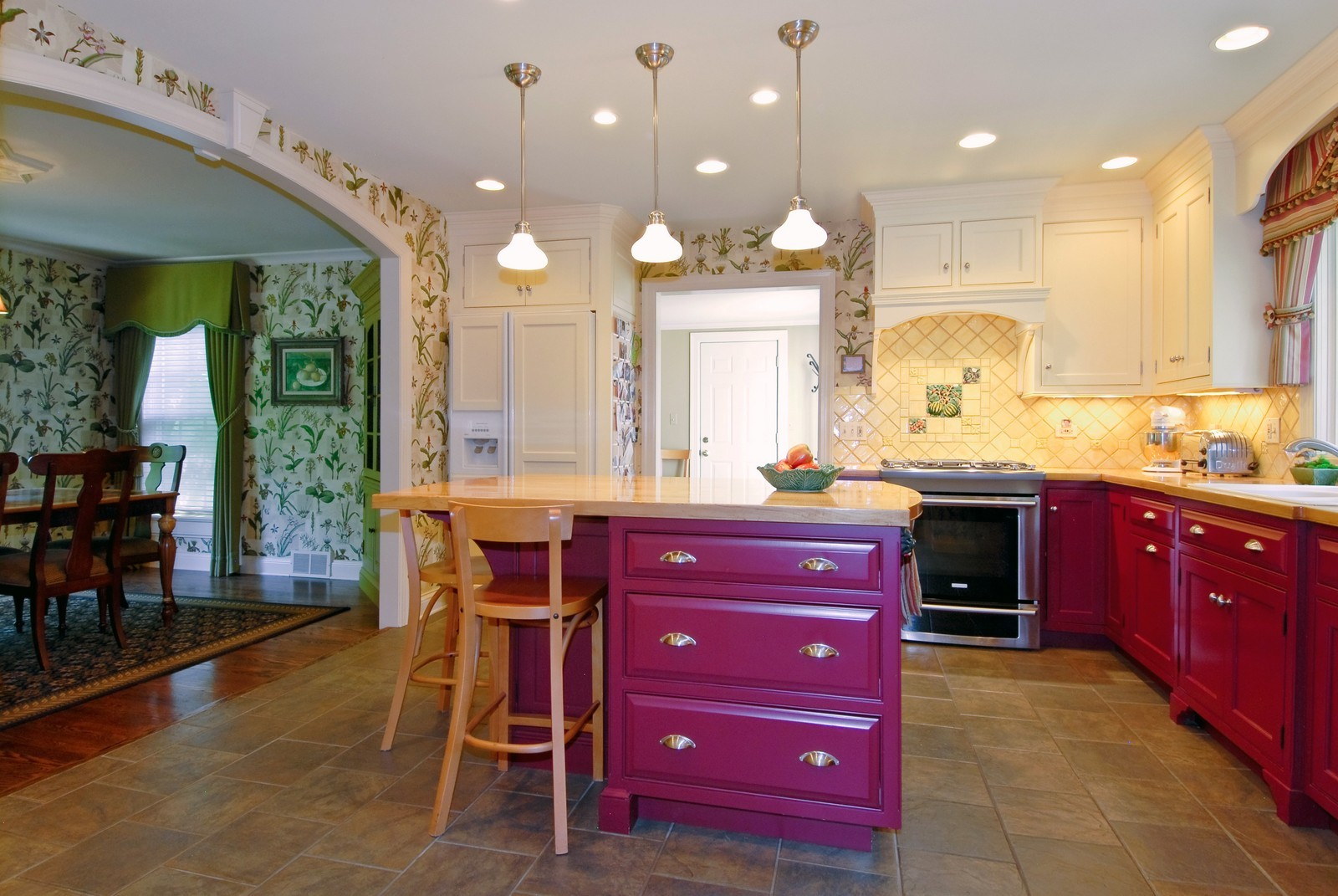 Real Estate Photography - 417 S McKinley, St Charles, IL, 60174 - Kitchen