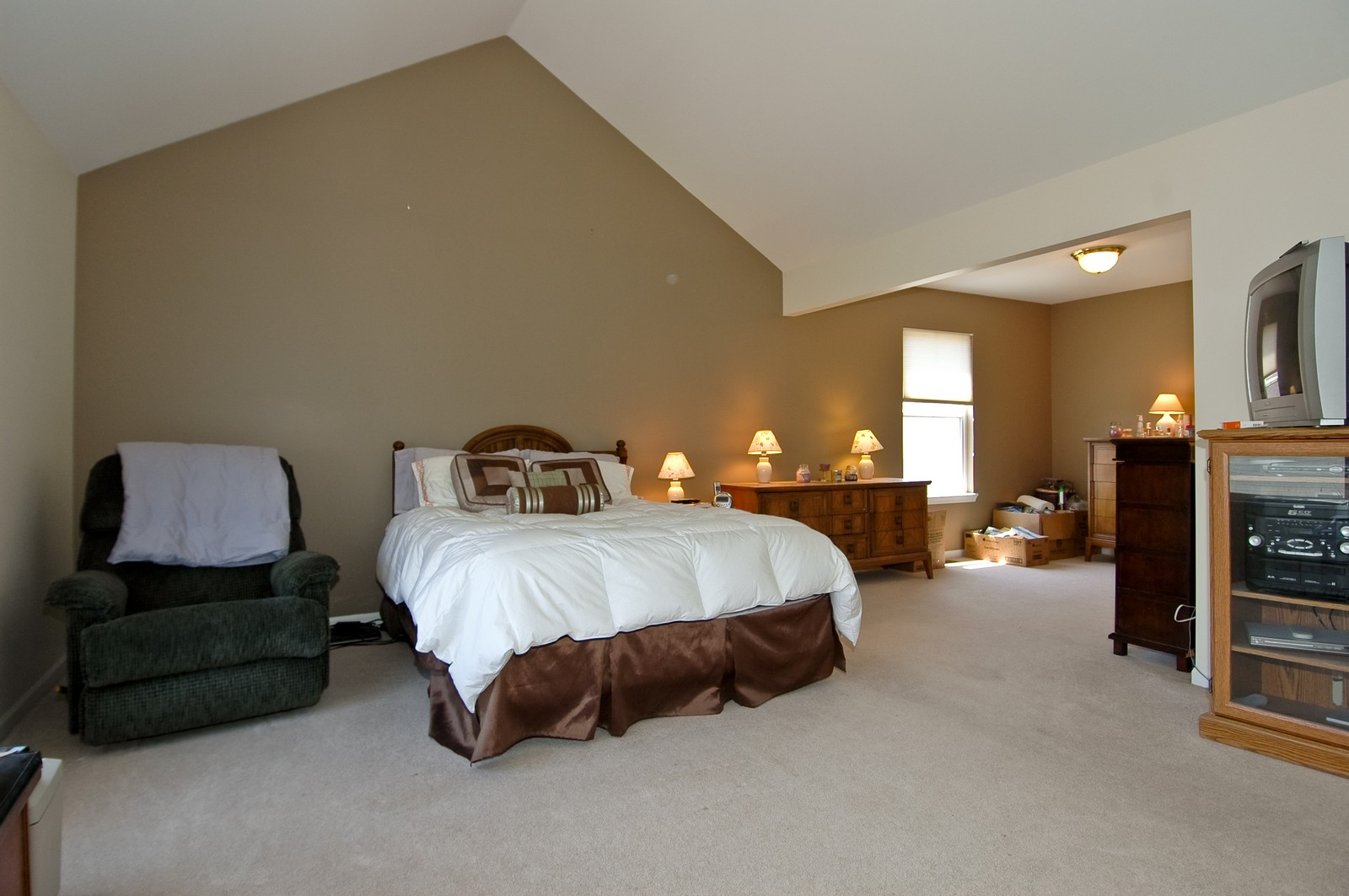 Real Estate Photography - 1211 Fieldstone, Crystal Lake, IL, 60014 - Master Bedroom
