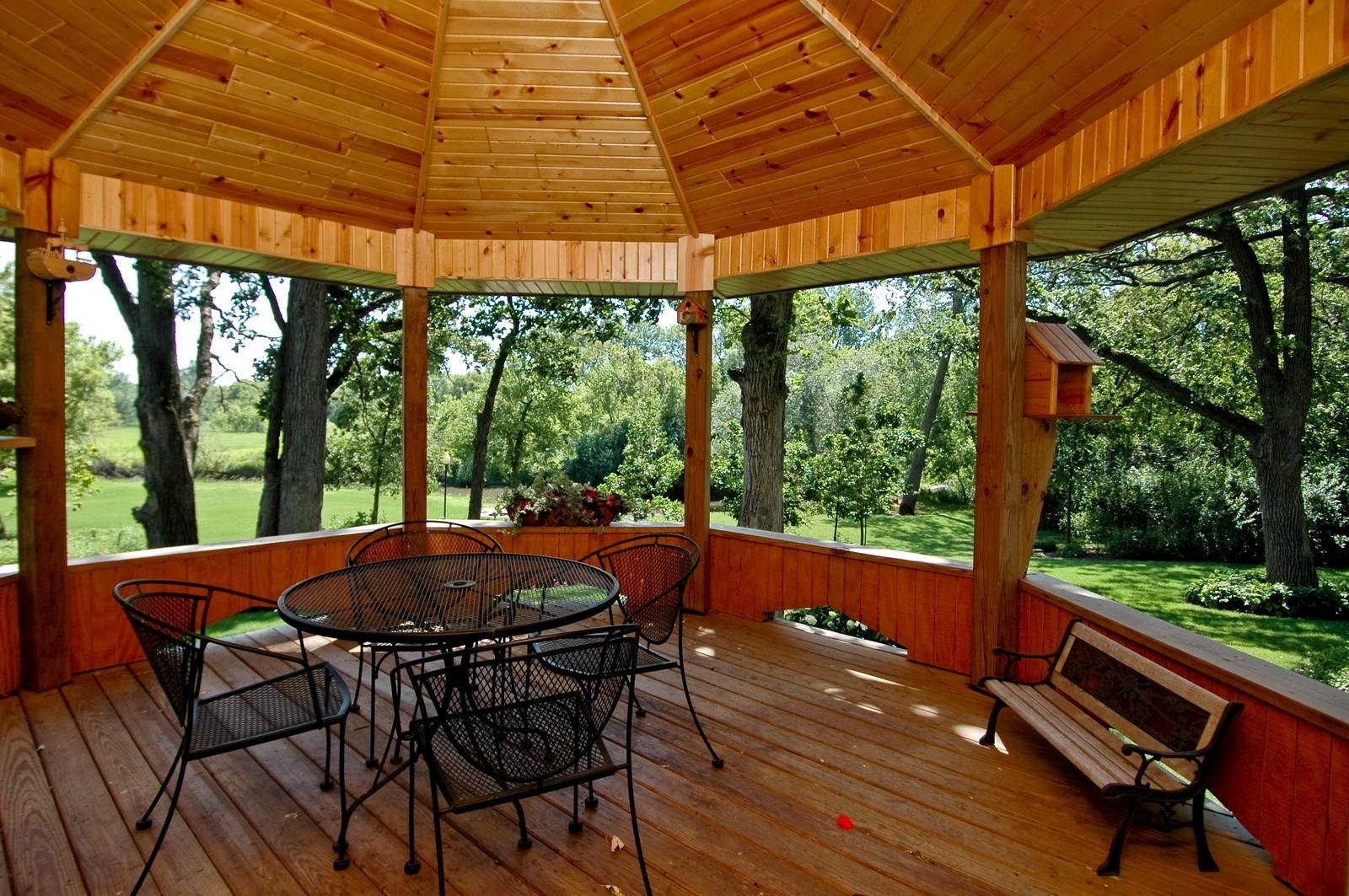 Real Estate Photography - 9004 Wildrose, Marengo, IL, 60152 - Gazebo
