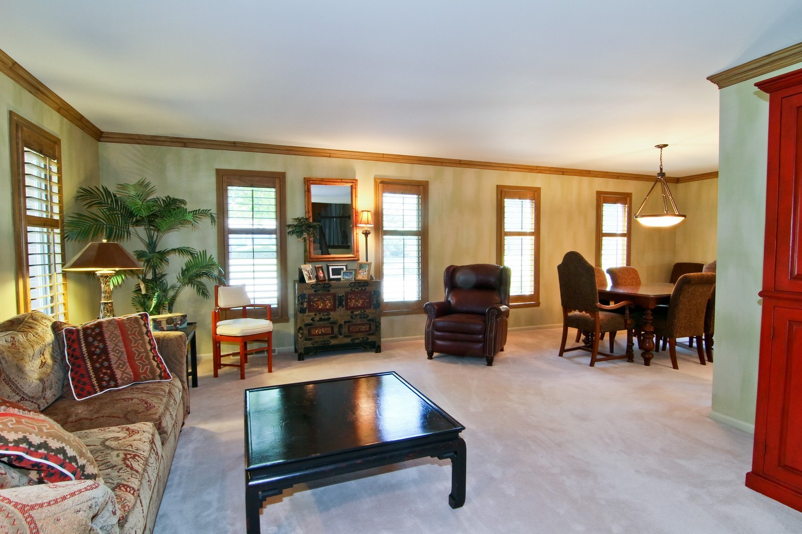Real Estate Photography - 1130 Howard, St Charles, IL, 60174 - Living Room
