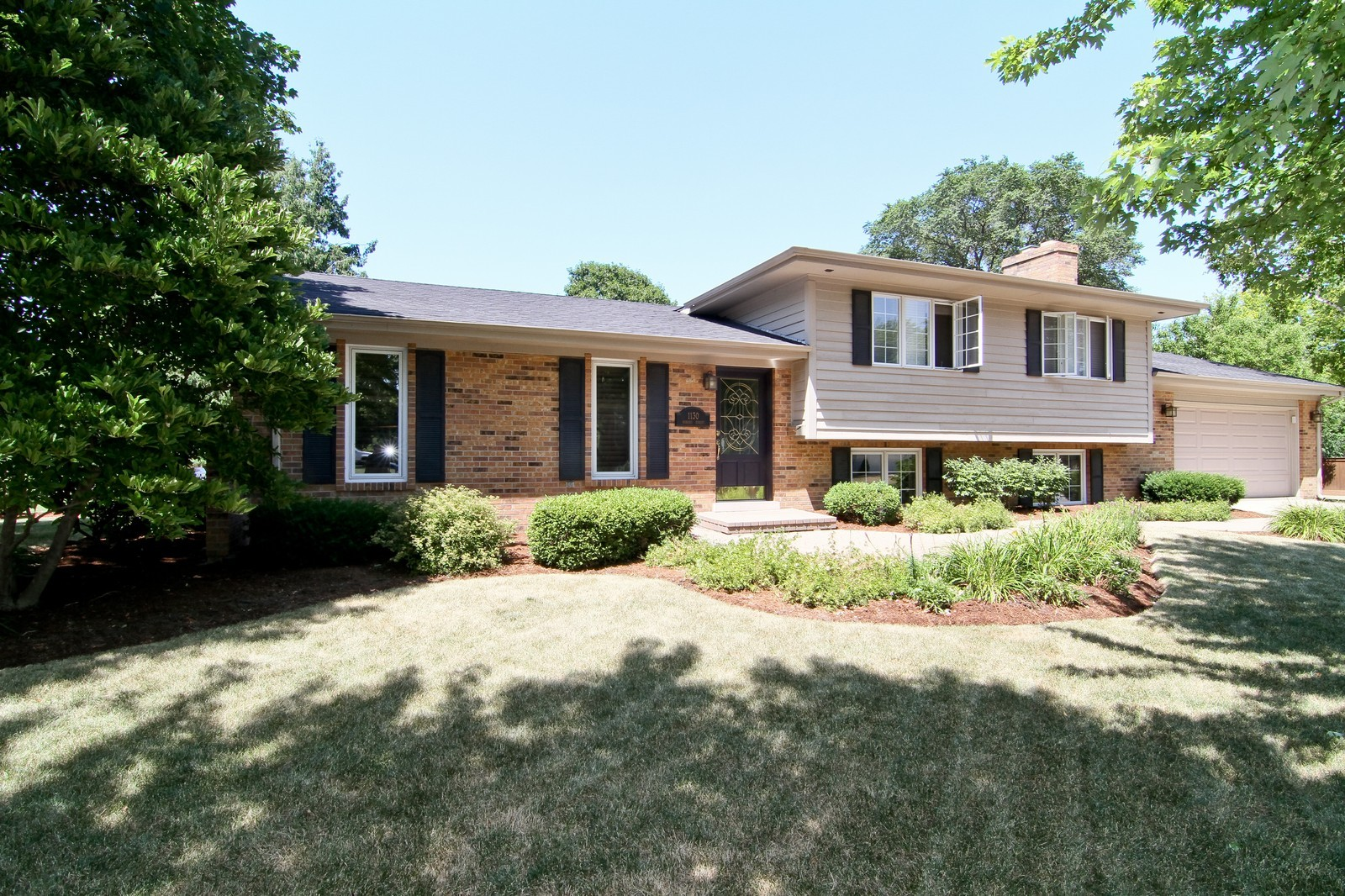 Real Estate Photography - 1130 Howard, St Charles, IL, 60174 - Front View