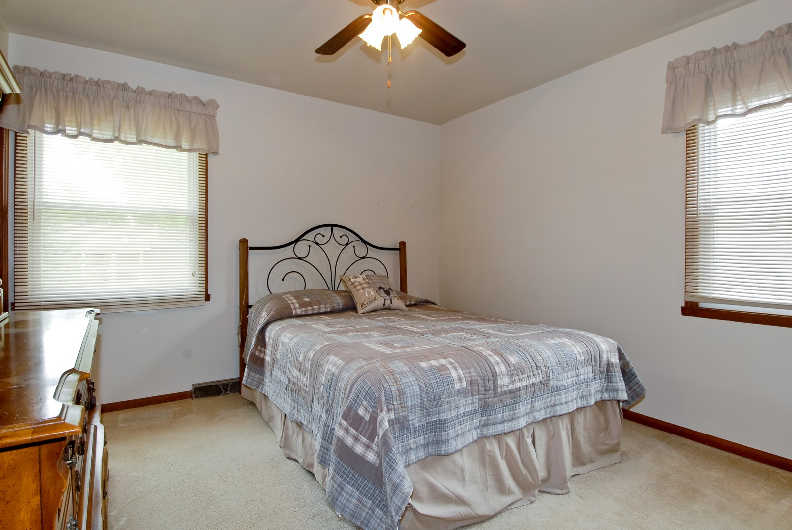 Real Estate Photography - 1625 Lucylle, St Charles, IL, 60174 - Master Bedroom