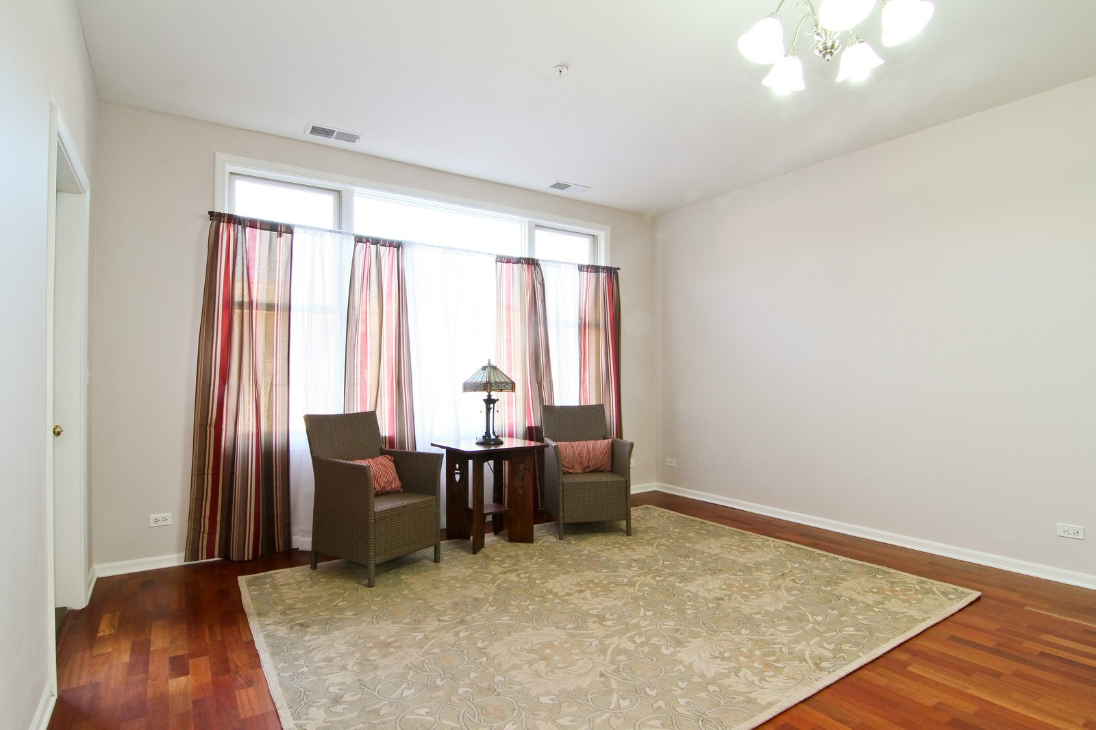 Real Estate Photography - 930 Curtiss, Unit 109, Downers Grove, IL, 60515 - Living Room