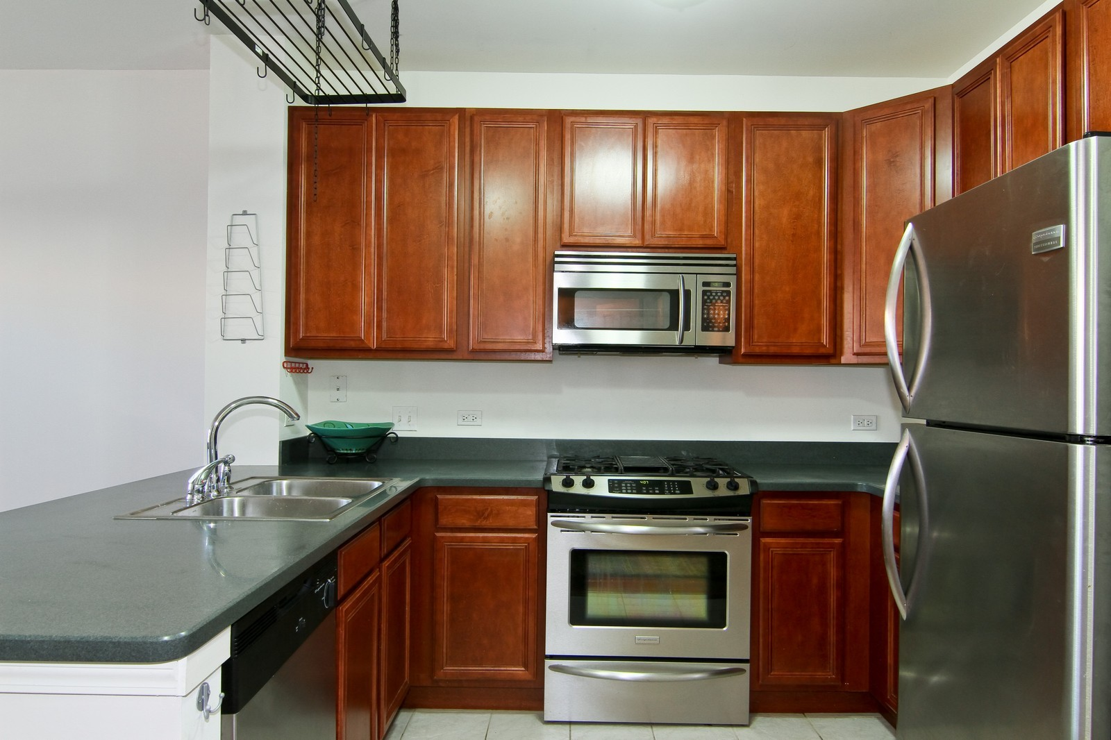 Real Estate Photography - 930 Curtiss, Unit 109, Downers Grove, IL, 60515 - Kitchen