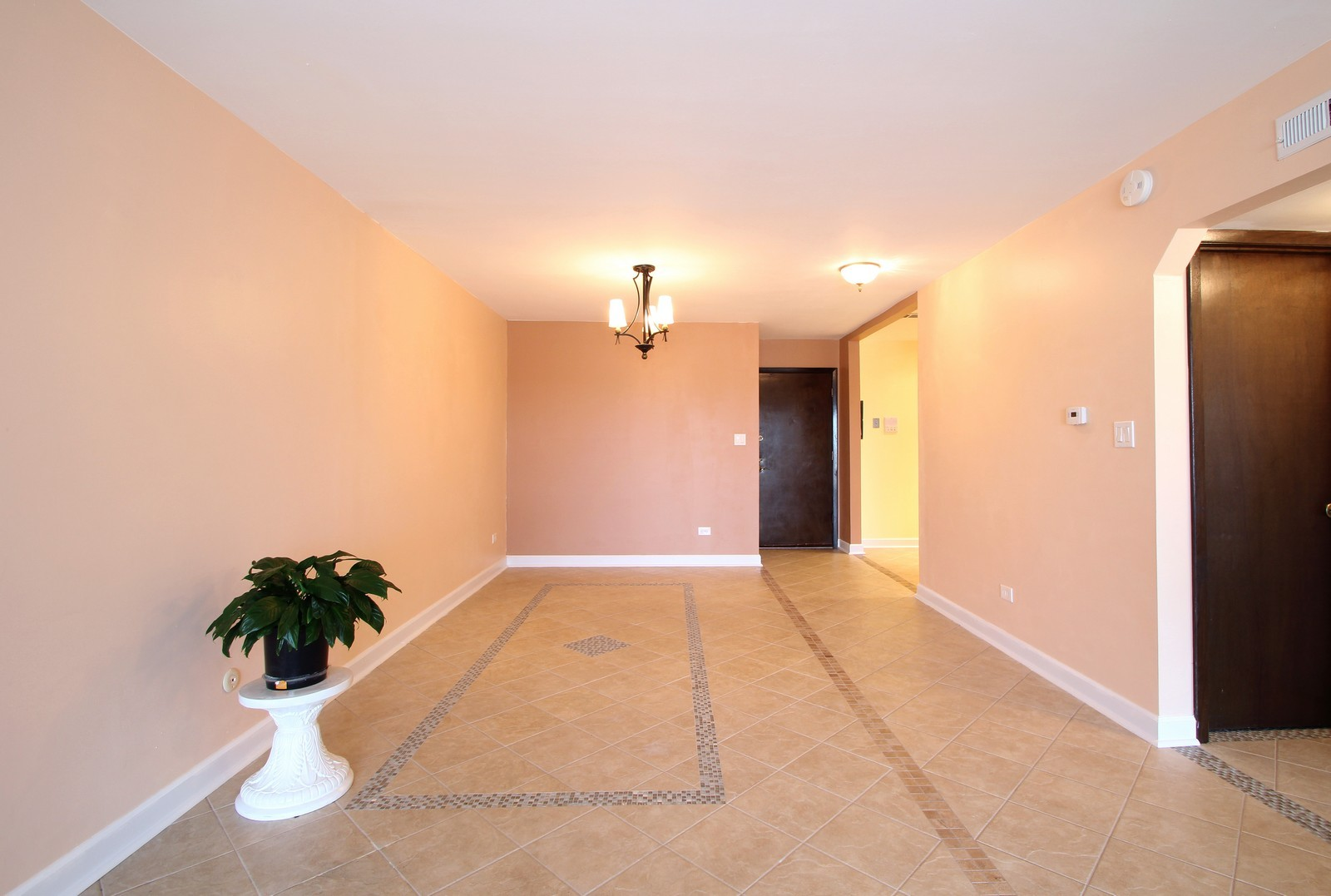 Real Estate Photography - 7525 W Lawrence, Unit 503, Harwood Heights, IL, 60706 - Dining Room
