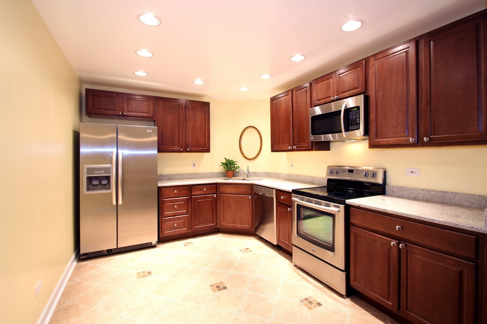 Real Estate Photography - 7525 W Lawrence, Unit 503, Harwood Heights, IL, 60706 - Kitchen