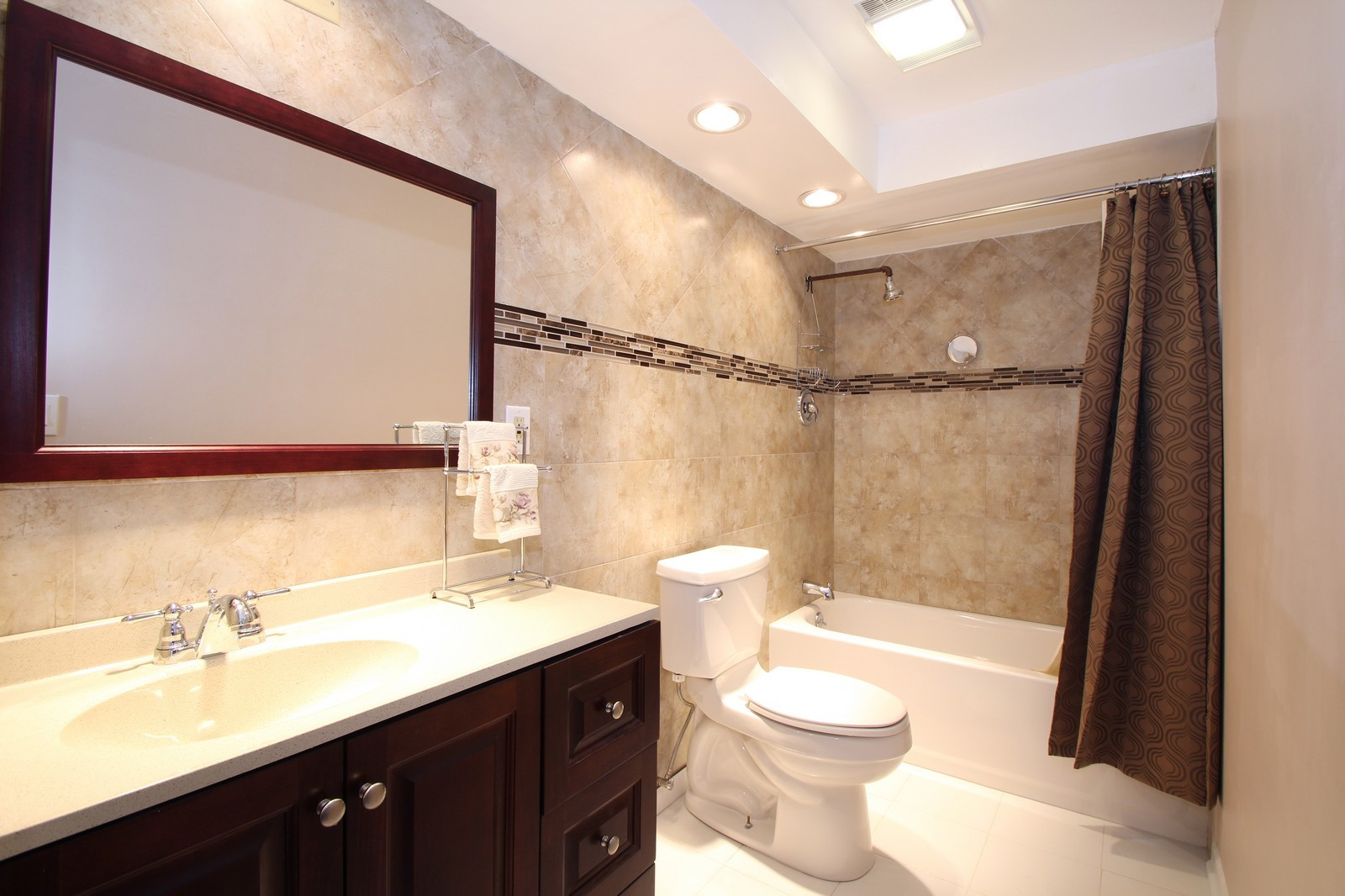 Real Estate Photography - 7525 W Lawrence, Unit 503, Harwood Heights, IL, 60706 - Bathroom