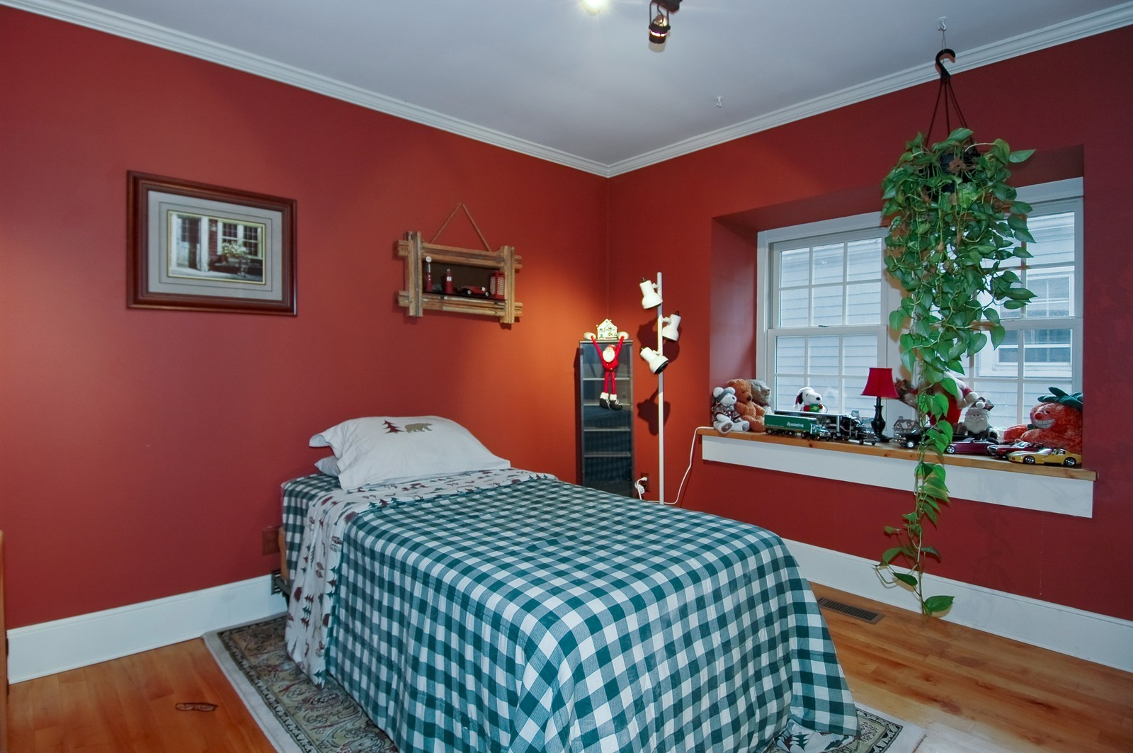 Real Estate Photography - 767 North Shore, Crystal Lake, IL, 60014 - Bedroom