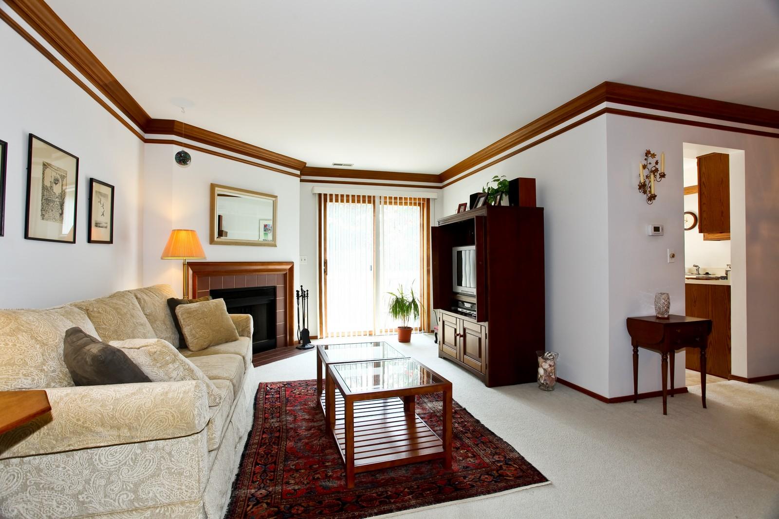 Real Estate Photography - 114 Millington, Unit 114, Saint Charles, IL, 60174 - Living Room