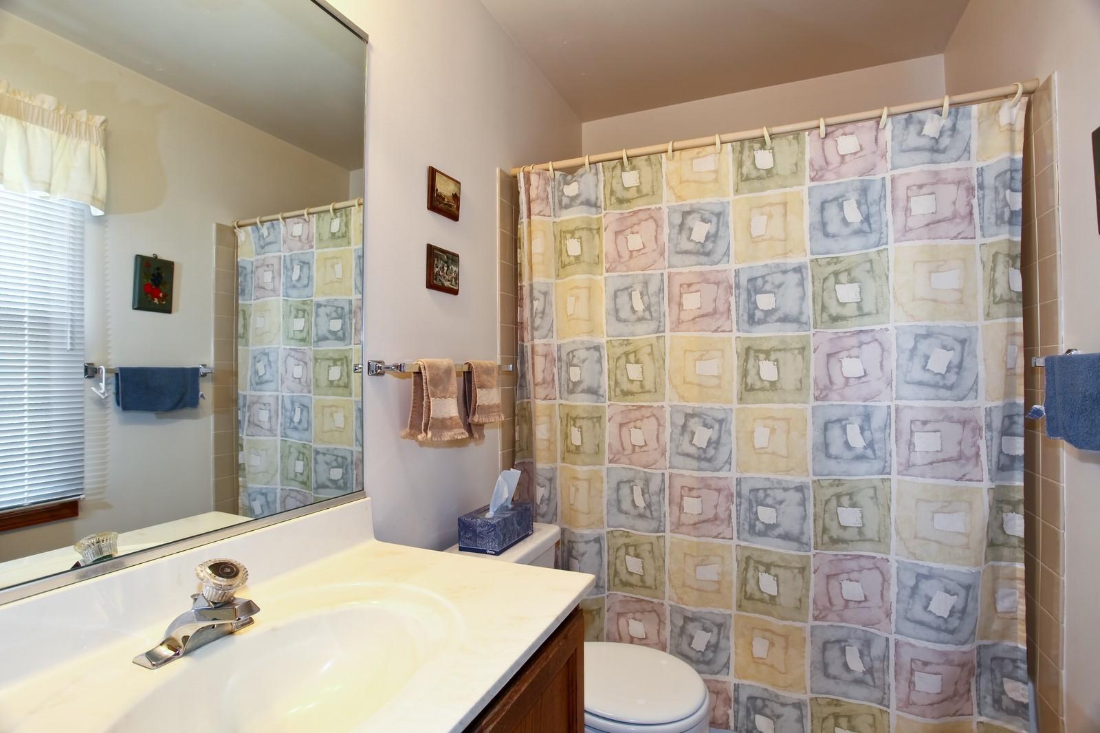 Real Estate Photography - 114 Millington, Unit 114, Saint Charles, IL, 60174 - Master Bathroom