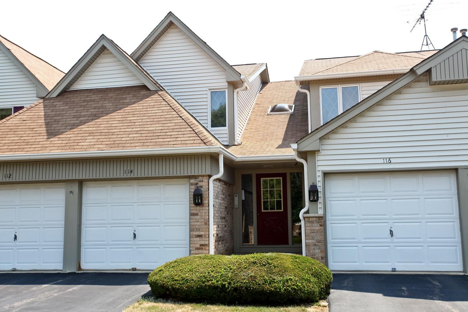 Real Estate Photography - 114 Millington, Unit 114, Saint Charles, IL, 60174 - Front View