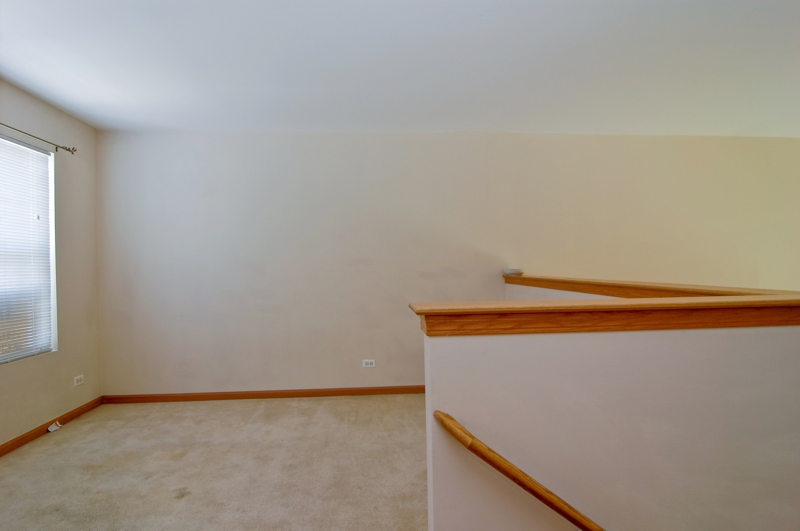 Real Estate Photography - 918 Jacob, West Chicago, IL, 60185 - Loft