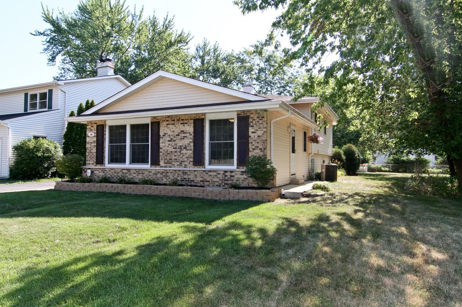 Real Estate Photography - 89 N Ott, Glen Ellyn, IL, 60137 - Front View